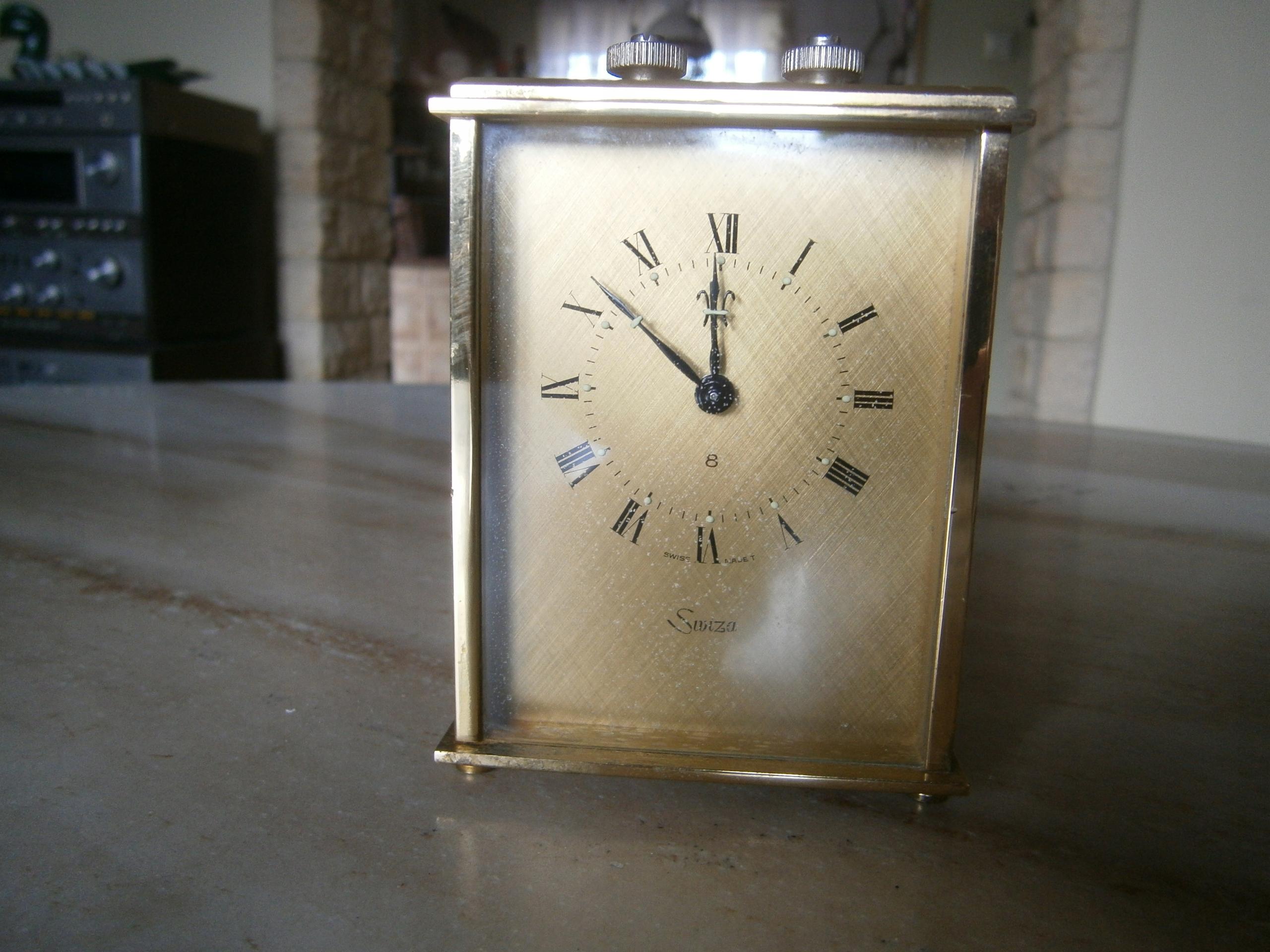 Zegar mechaniczny , budzik SWIZA 8 Szwajcarski