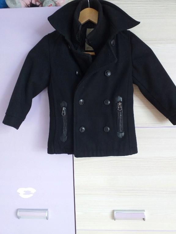 Zara śliczny czarny płaszcz kurtka 104