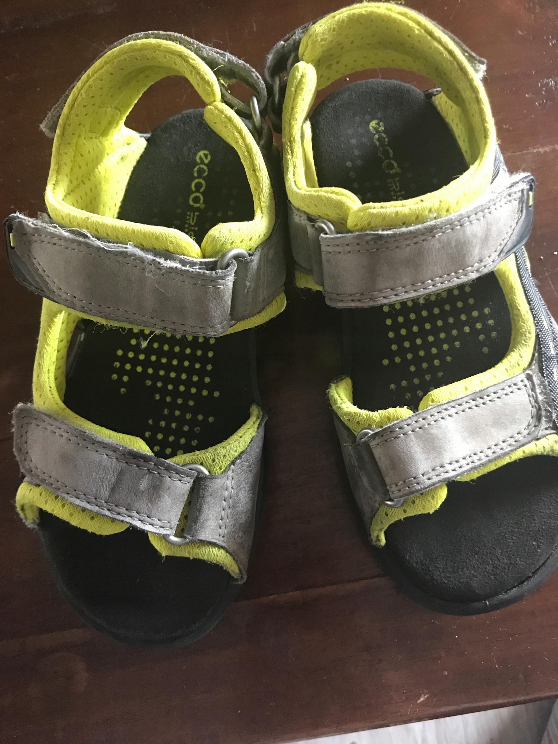 Ecco sandalki r. 30