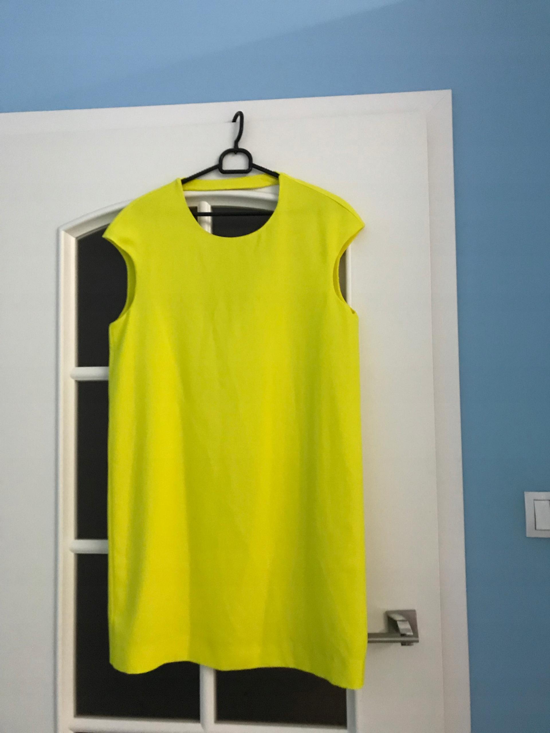 Mango żółta sukienka M dekolt na plecach choker