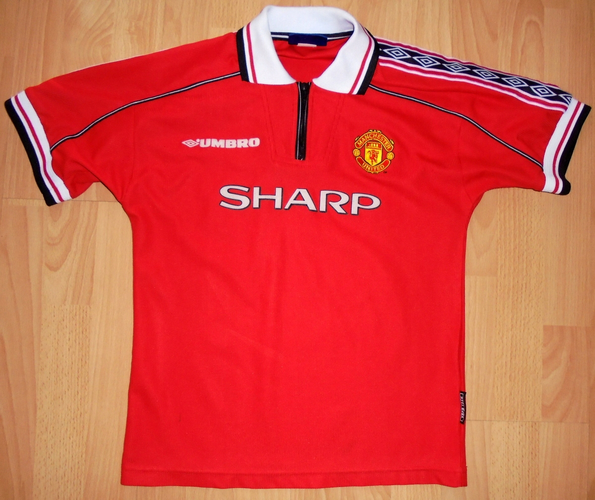 Koszulka Manchester United Umbro 1998/200 retro