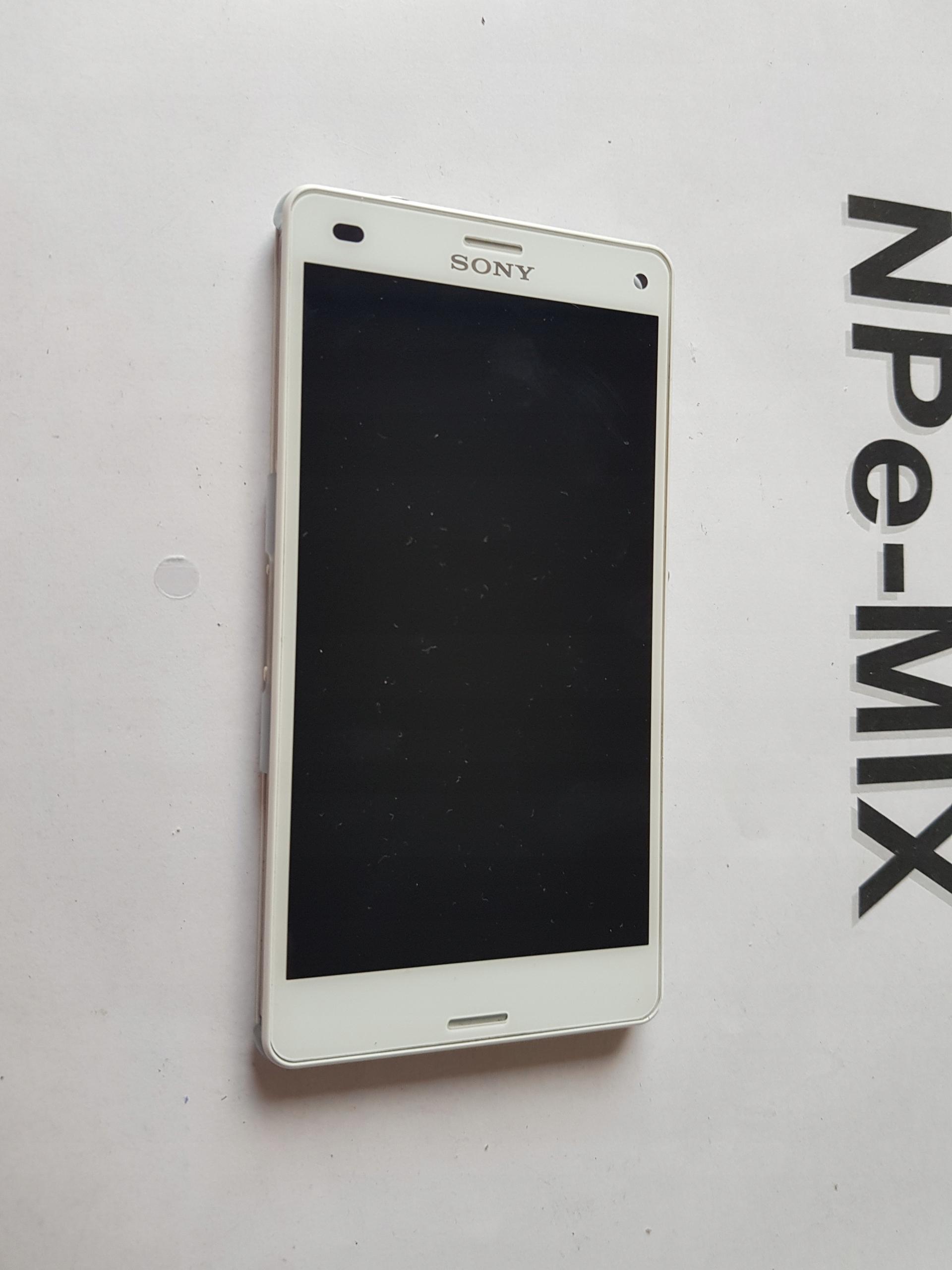 Oryginalny LCD ramka Sony Xperia Z3 COMPACT D5803