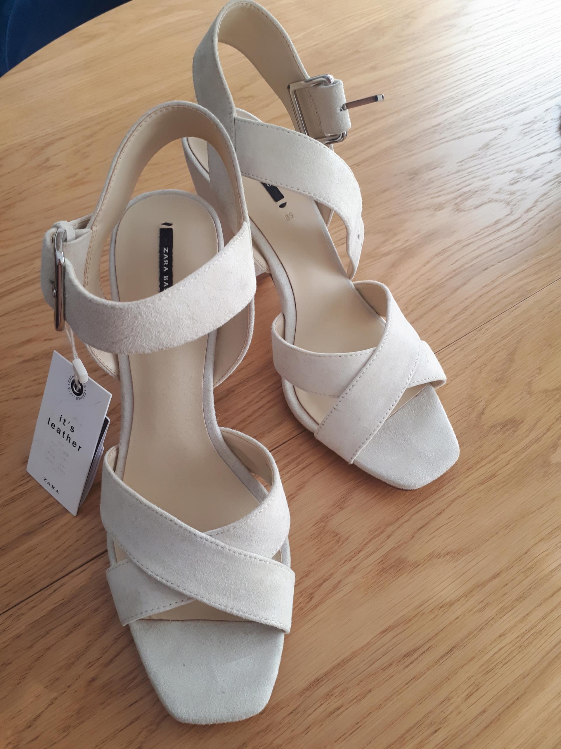 Sandalki ZARA rozm.39