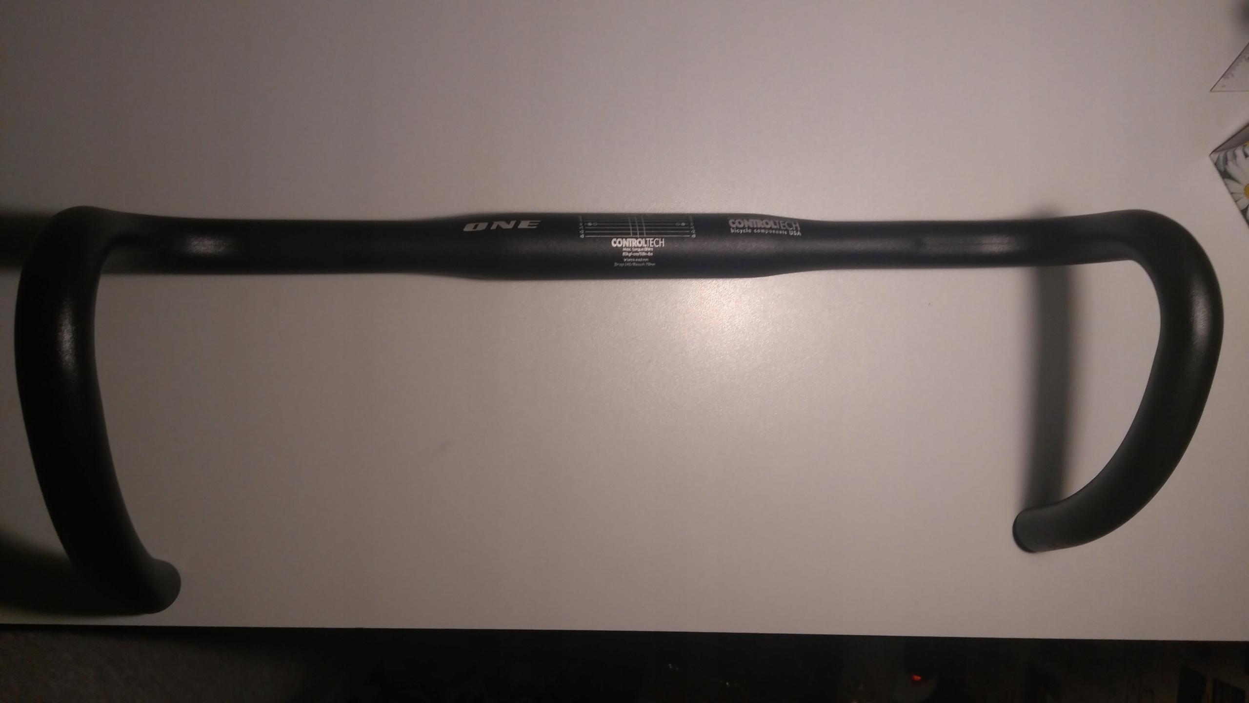 Kierownica Szosowa Controltech One 31.8 44cm czarn