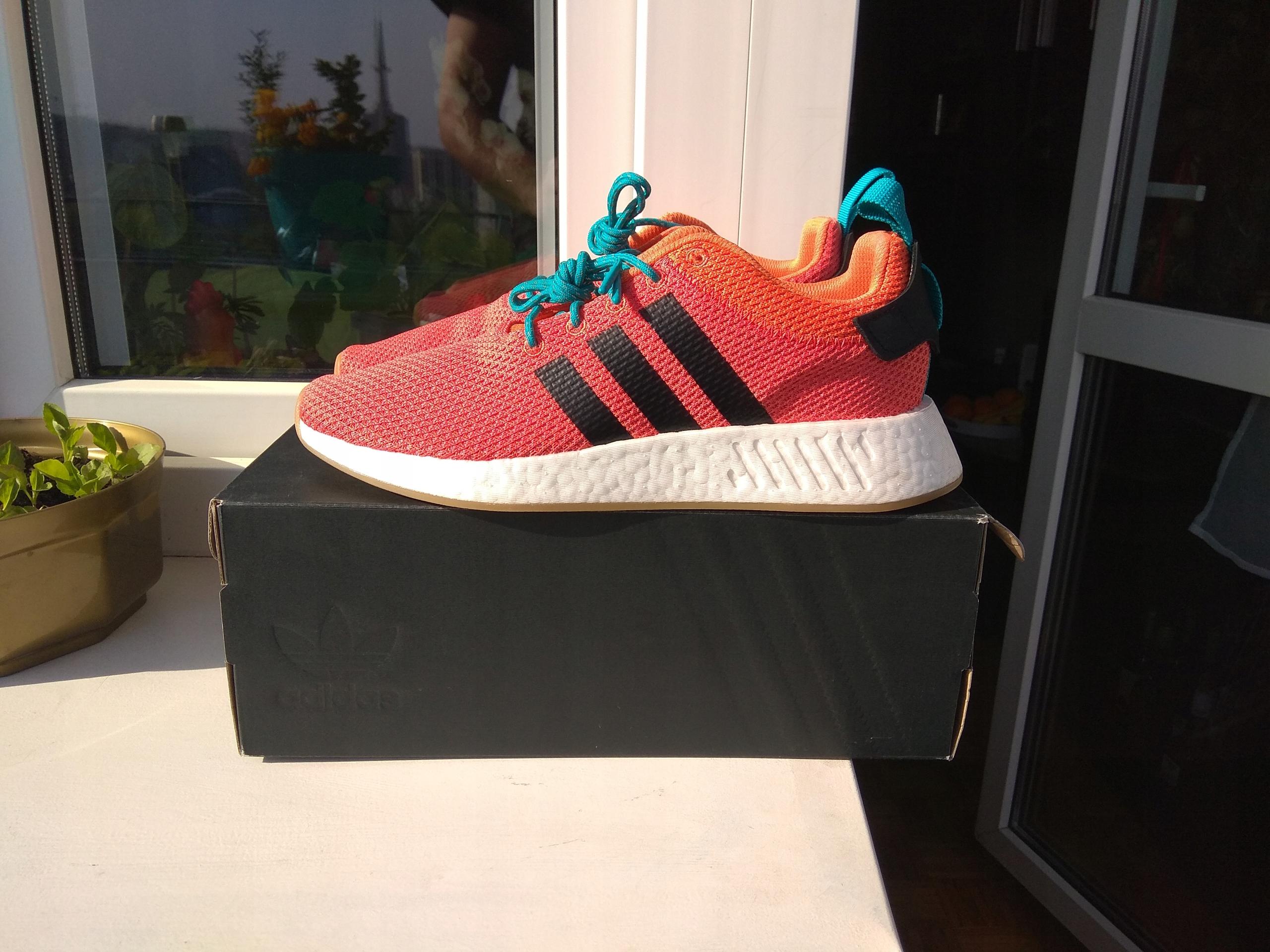 Adidas NMD R2 boost orange 10 us nike air max