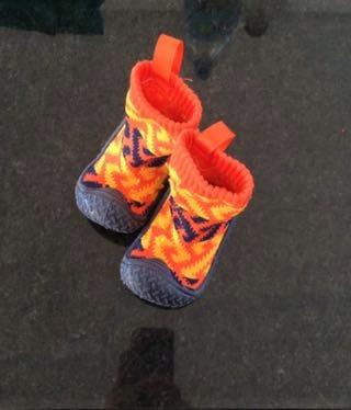 Buciki kapcie antypoślizgowe buty do wody 20