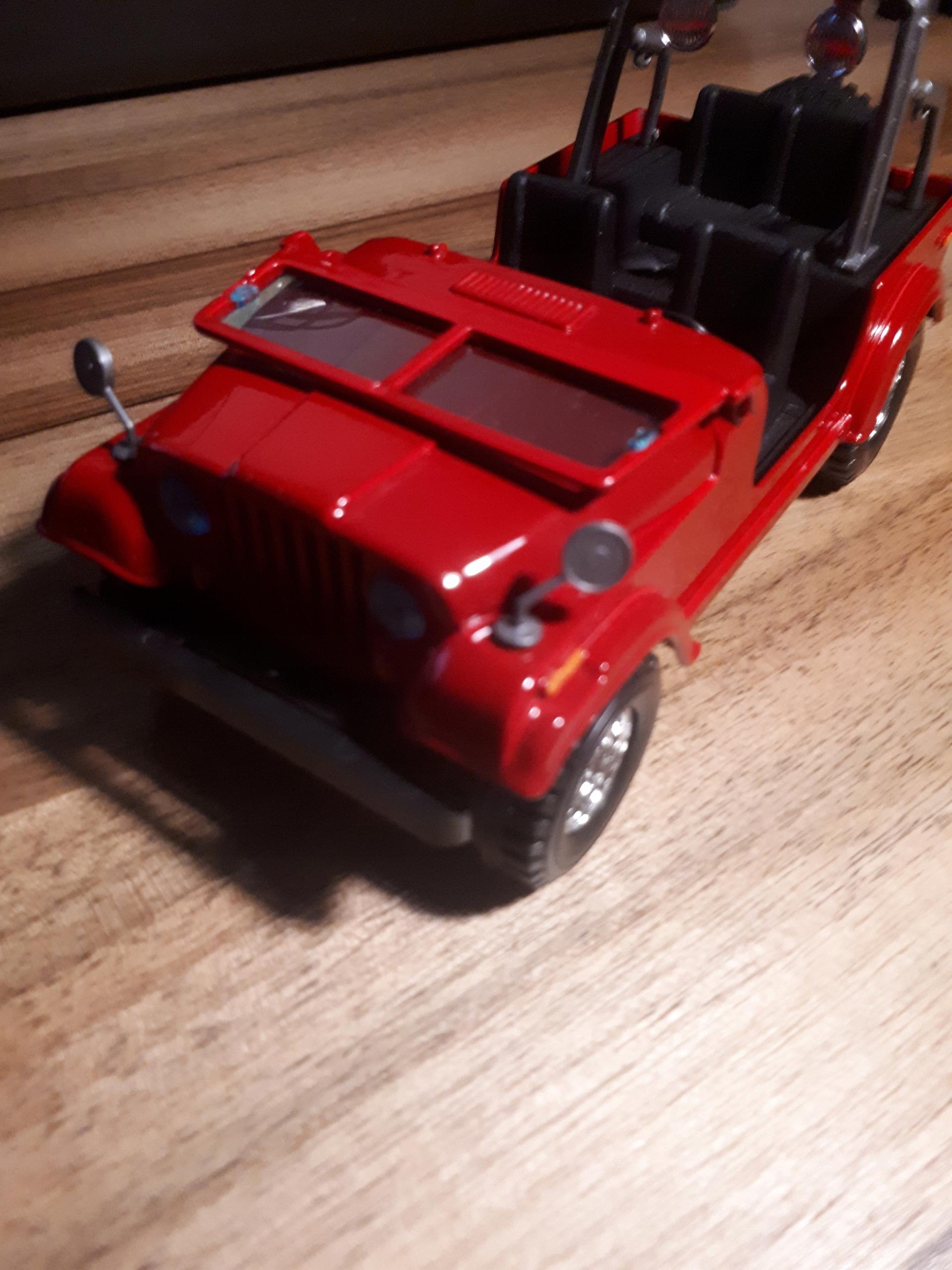 bburago jeep cj 1:24