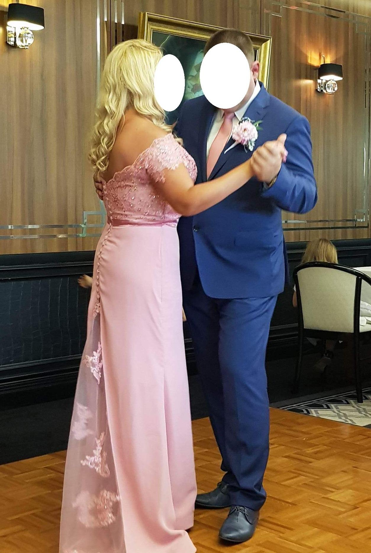 7083d02cd0 Wyjątkowa suknia ślubna wieczorowa różowa 44 46 - 7484999529 ...