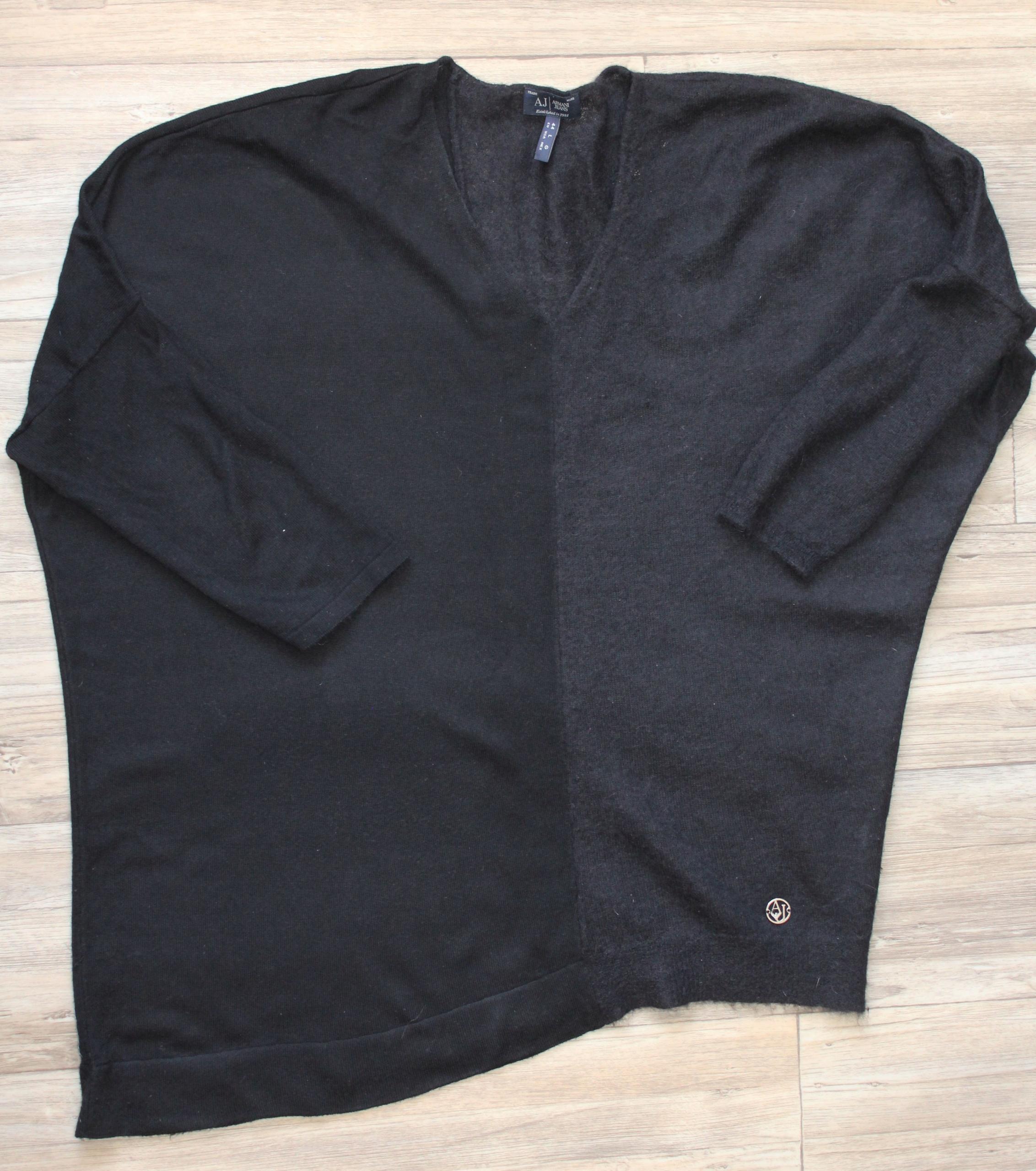 Śliczny sweter Armani Jeans luźny L 44 damski