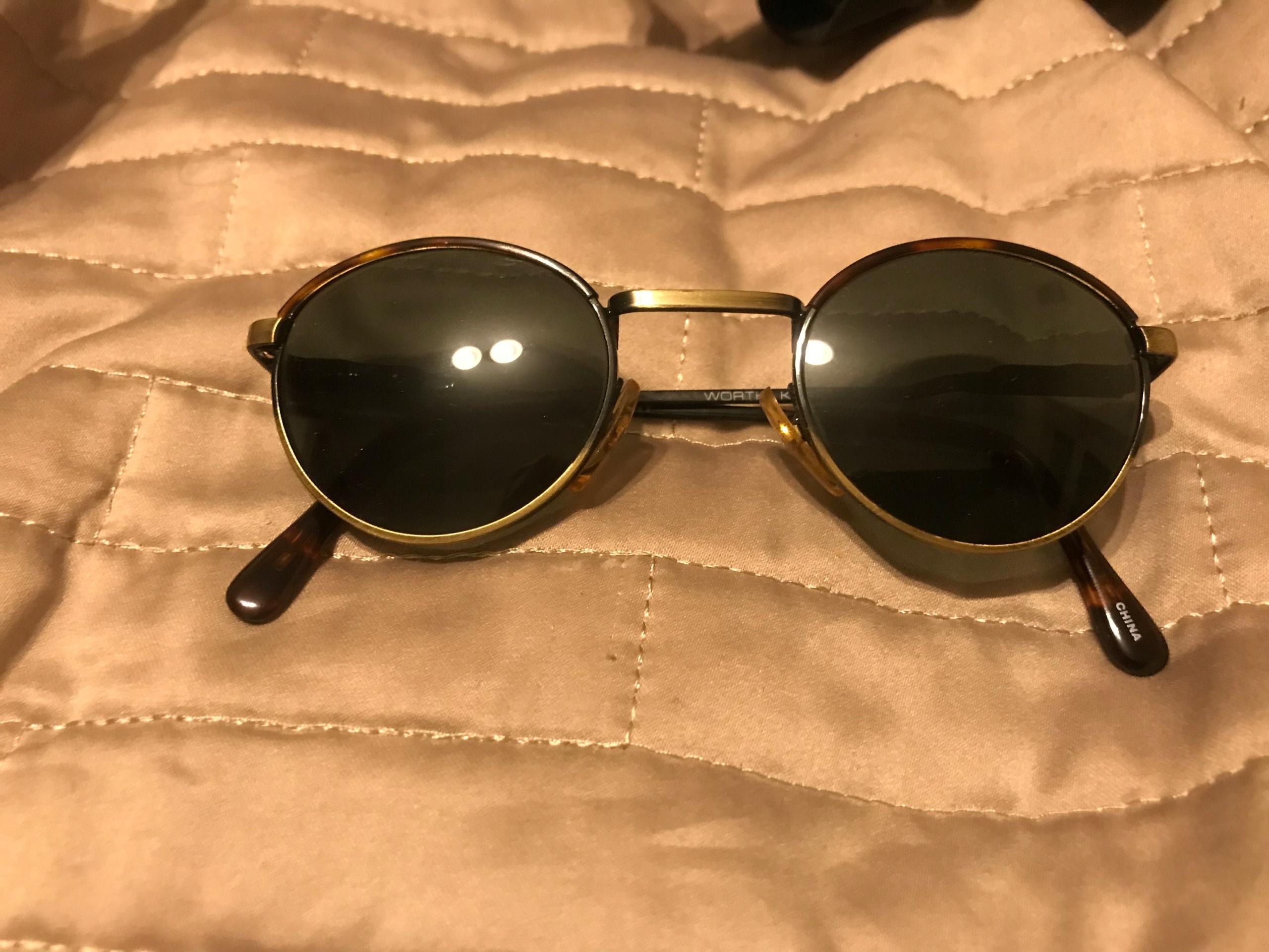 Okulary przeciwsloneczne damskie DKNY WORTH