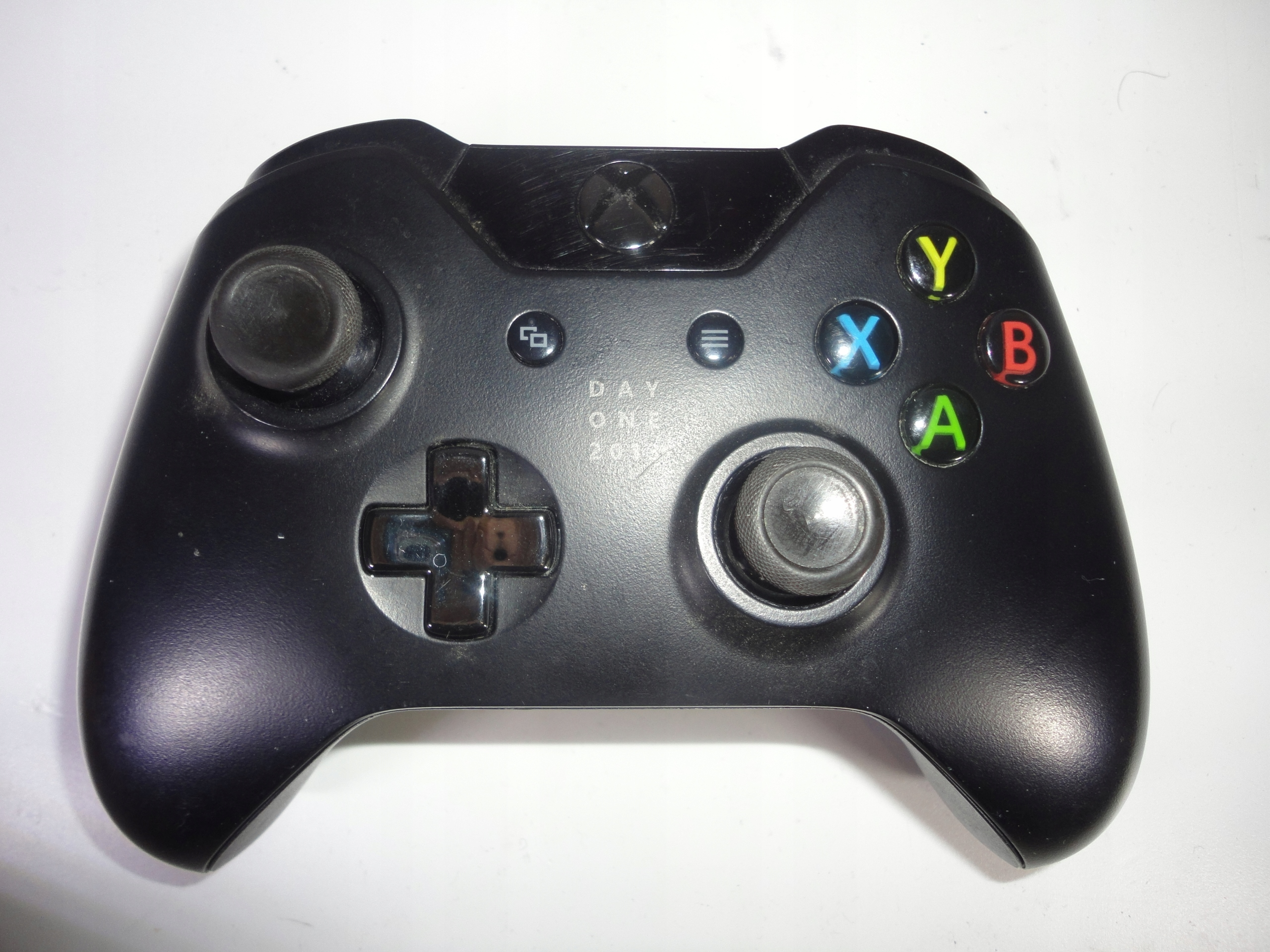 WIRELESS CONTROLLER XBOX ONE DAY ONE 1537 37