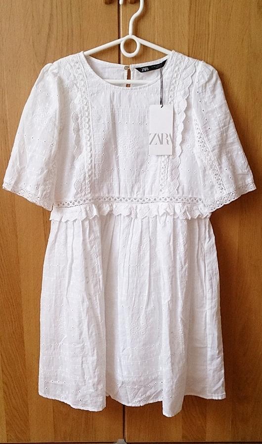 Sukienka z ażurowym haftem Zara XS