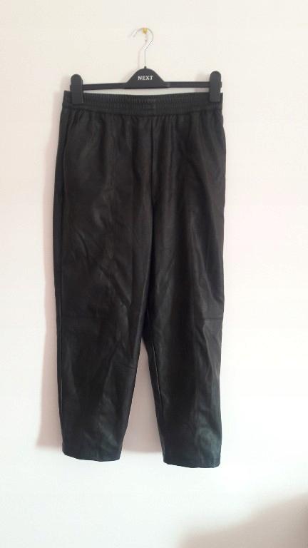 Zara joggersy skórzane czarne M