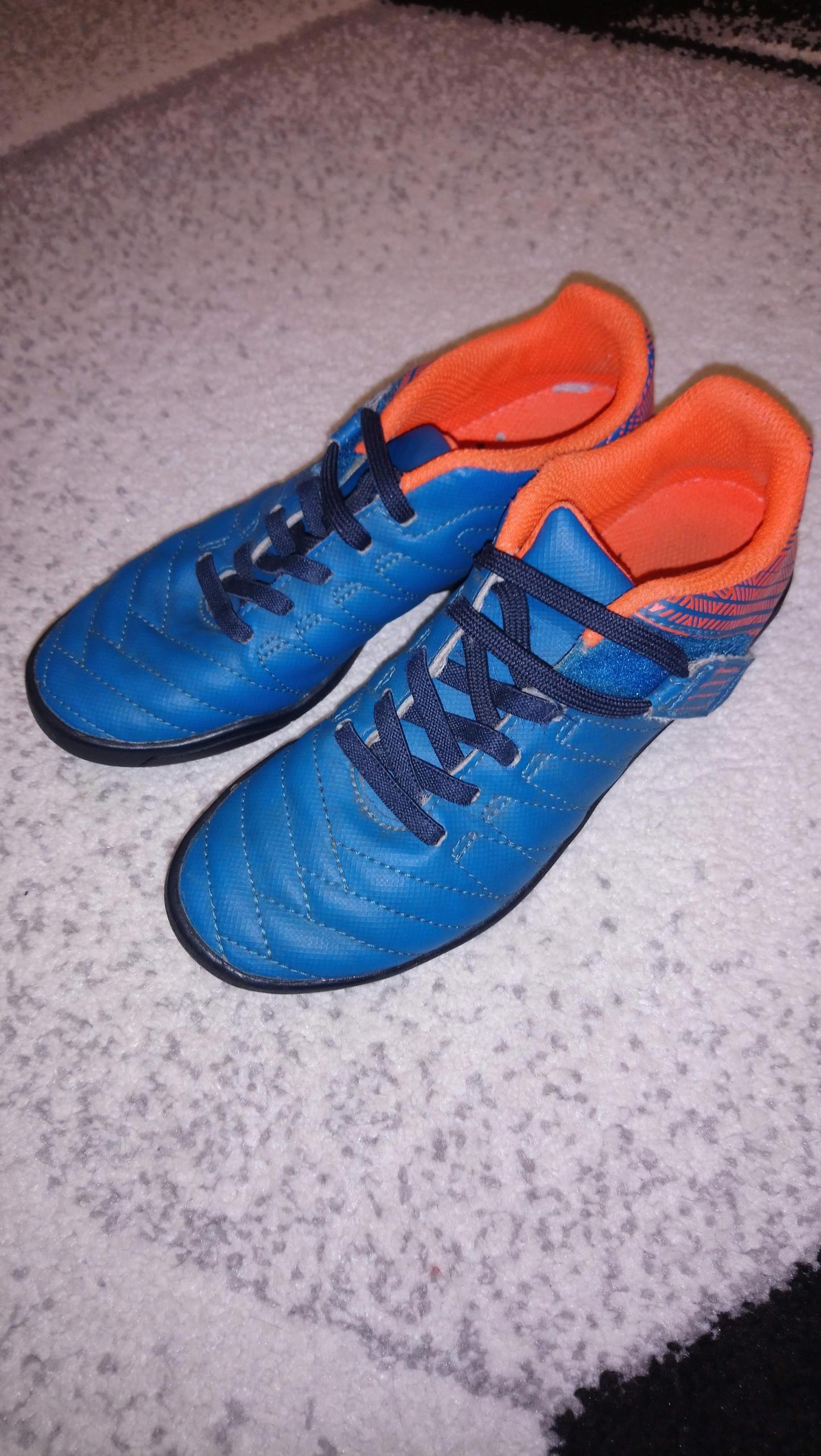Buty piłkarskie żużlówki turfy Kipsta 33