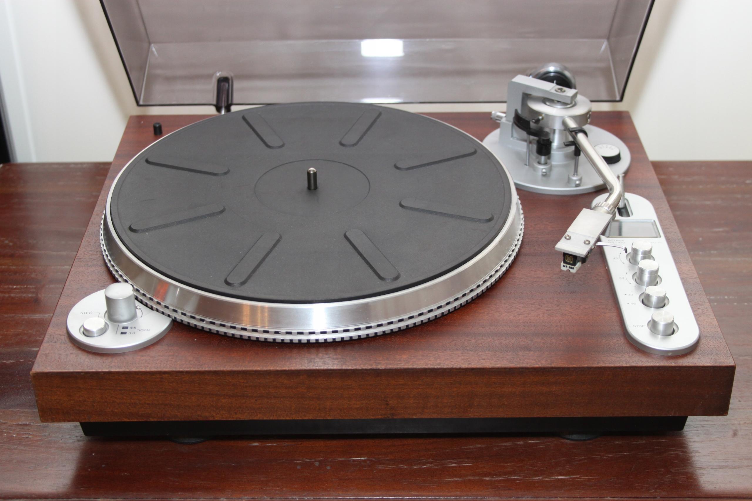 Gramofon Adam GS 420