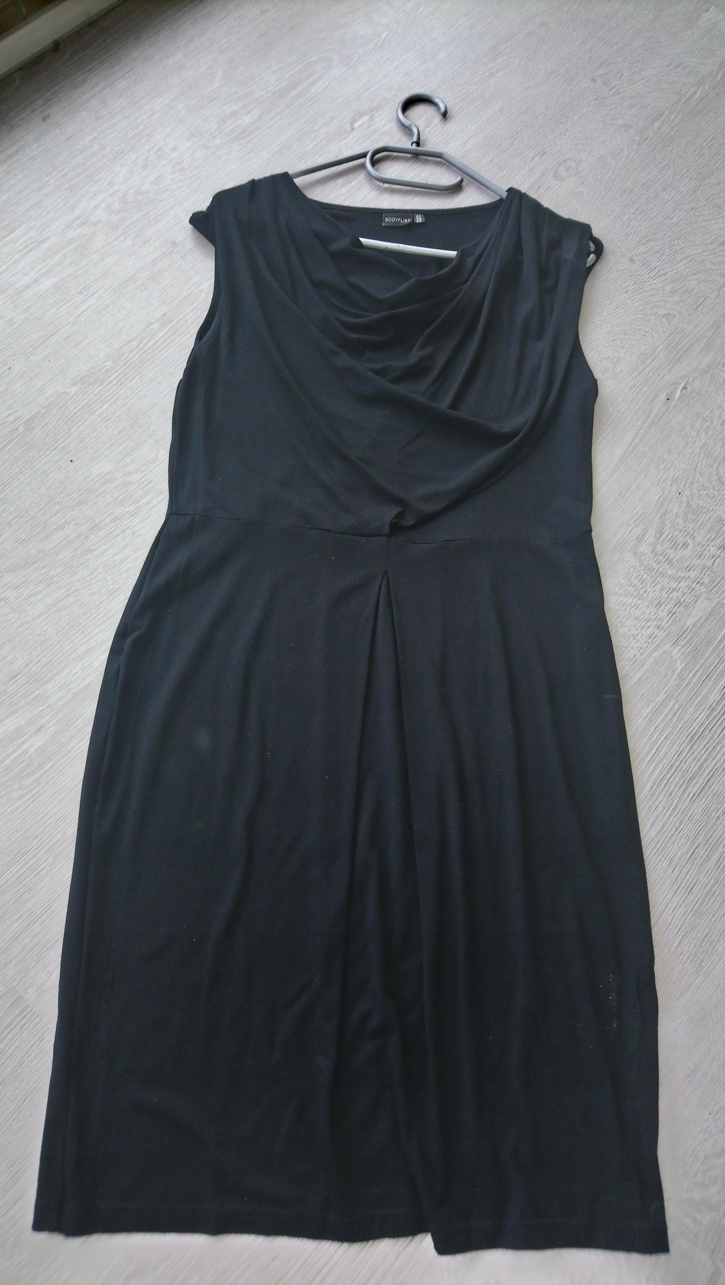 63ccb036 Seksowna sukienka body flirt Bon Prix 40/42 - 7836214577 - oficjalne ...