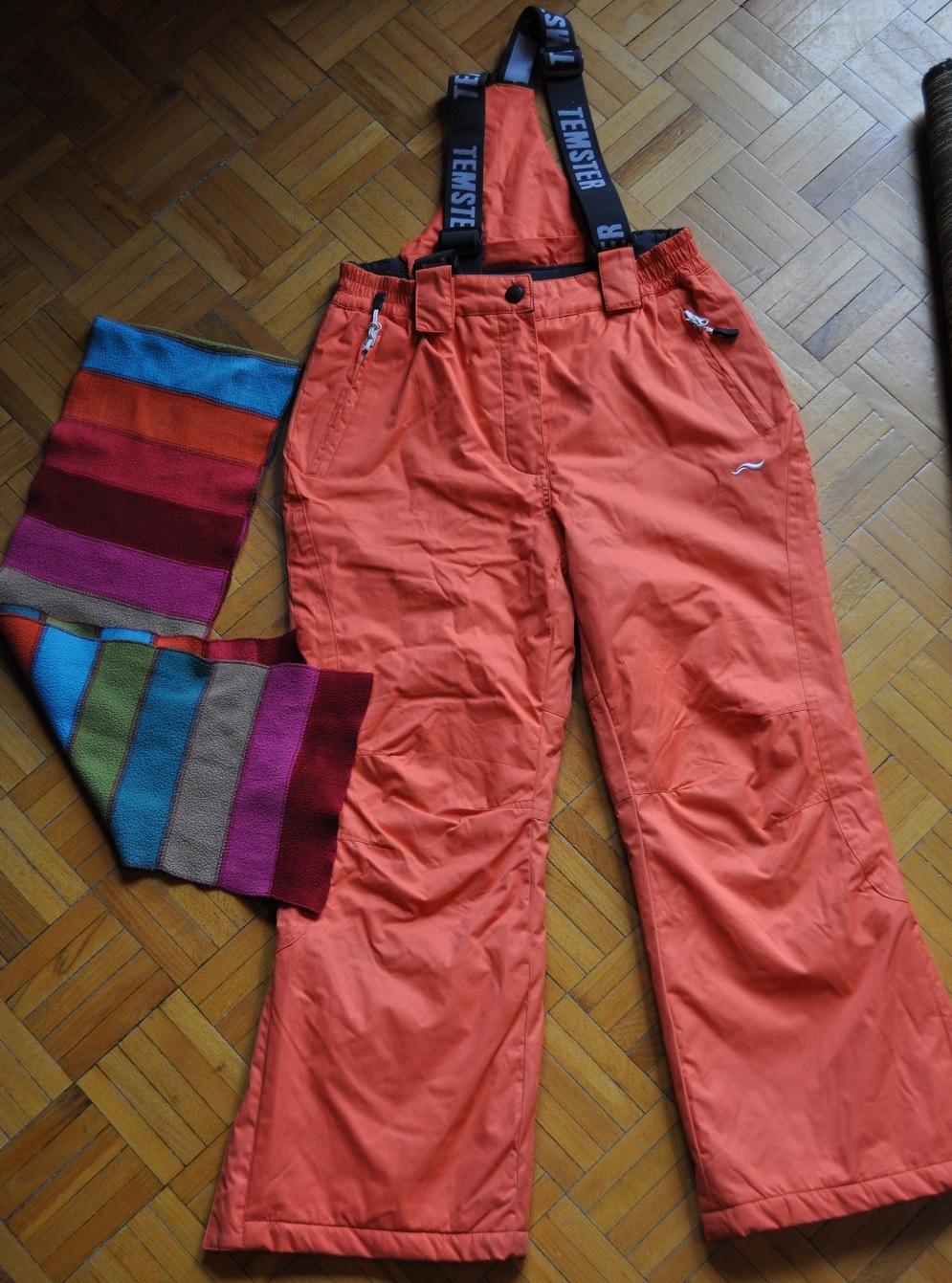 Spodnie narciarskie 140/146cm + GRATIS