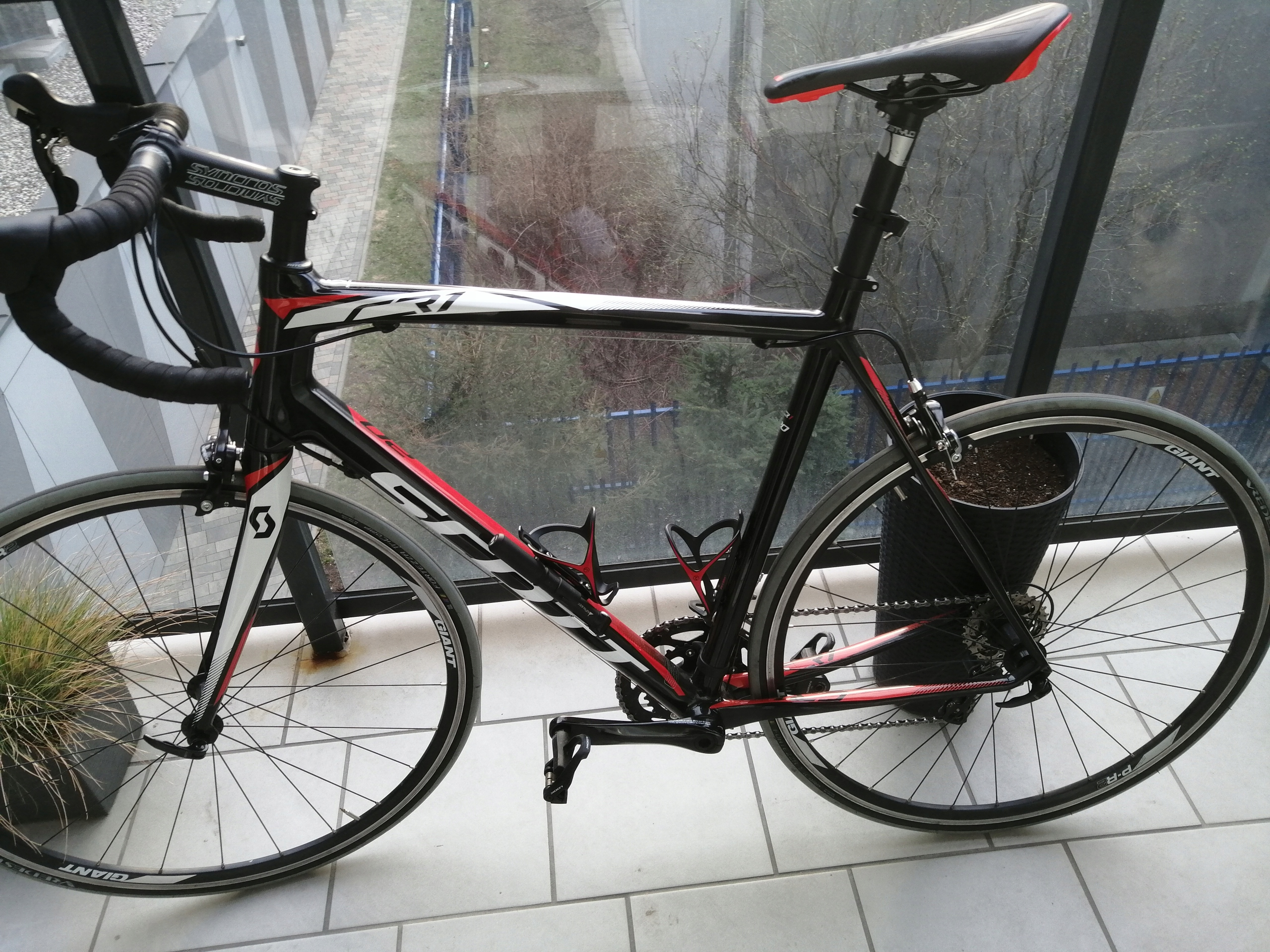 Scott CR1 20 Full Carbon Shimano 105 Rozmiar 58