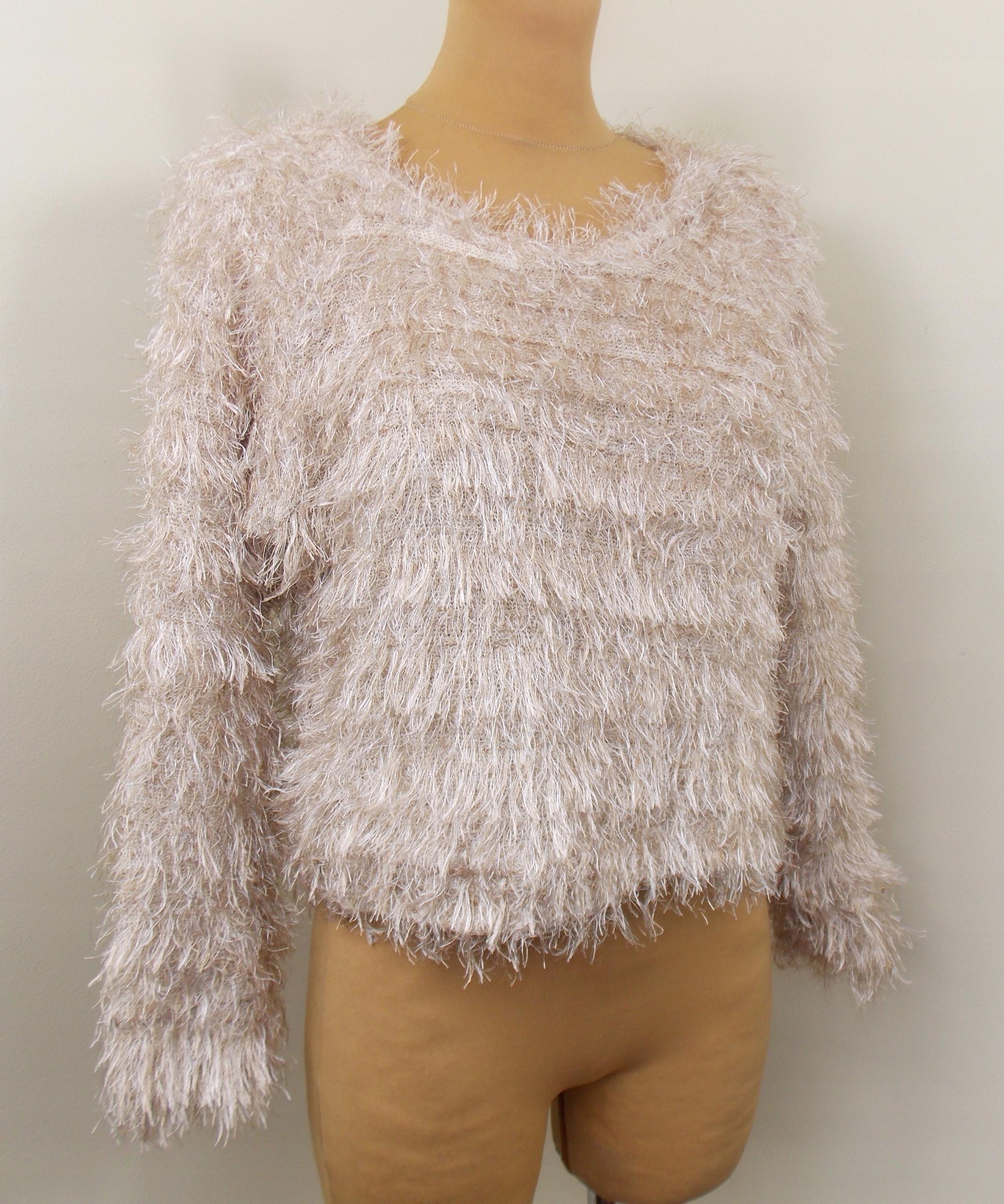sweter futrzak ATMOSPHERE miękki nude krótki 38 40