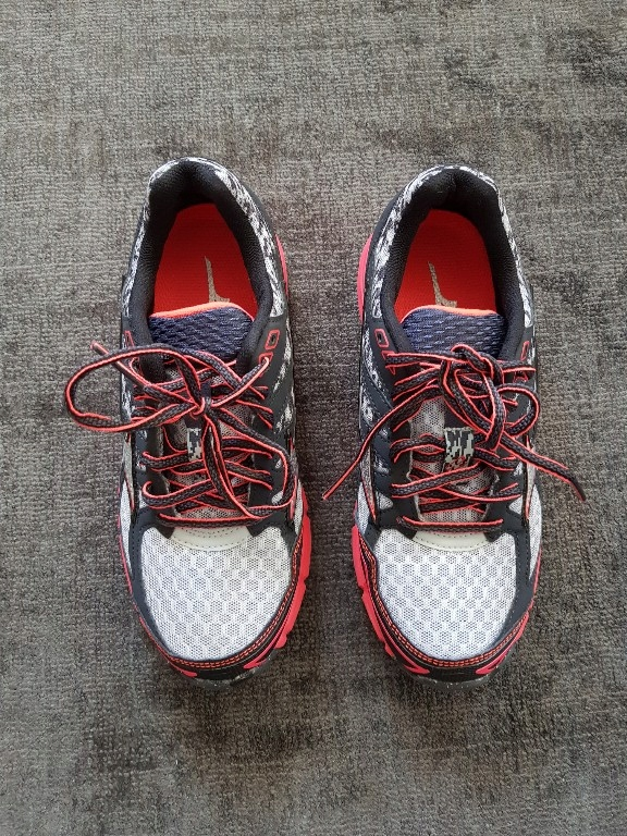 MIZUNO WAVE MUJIN 2 36,5 do biegania