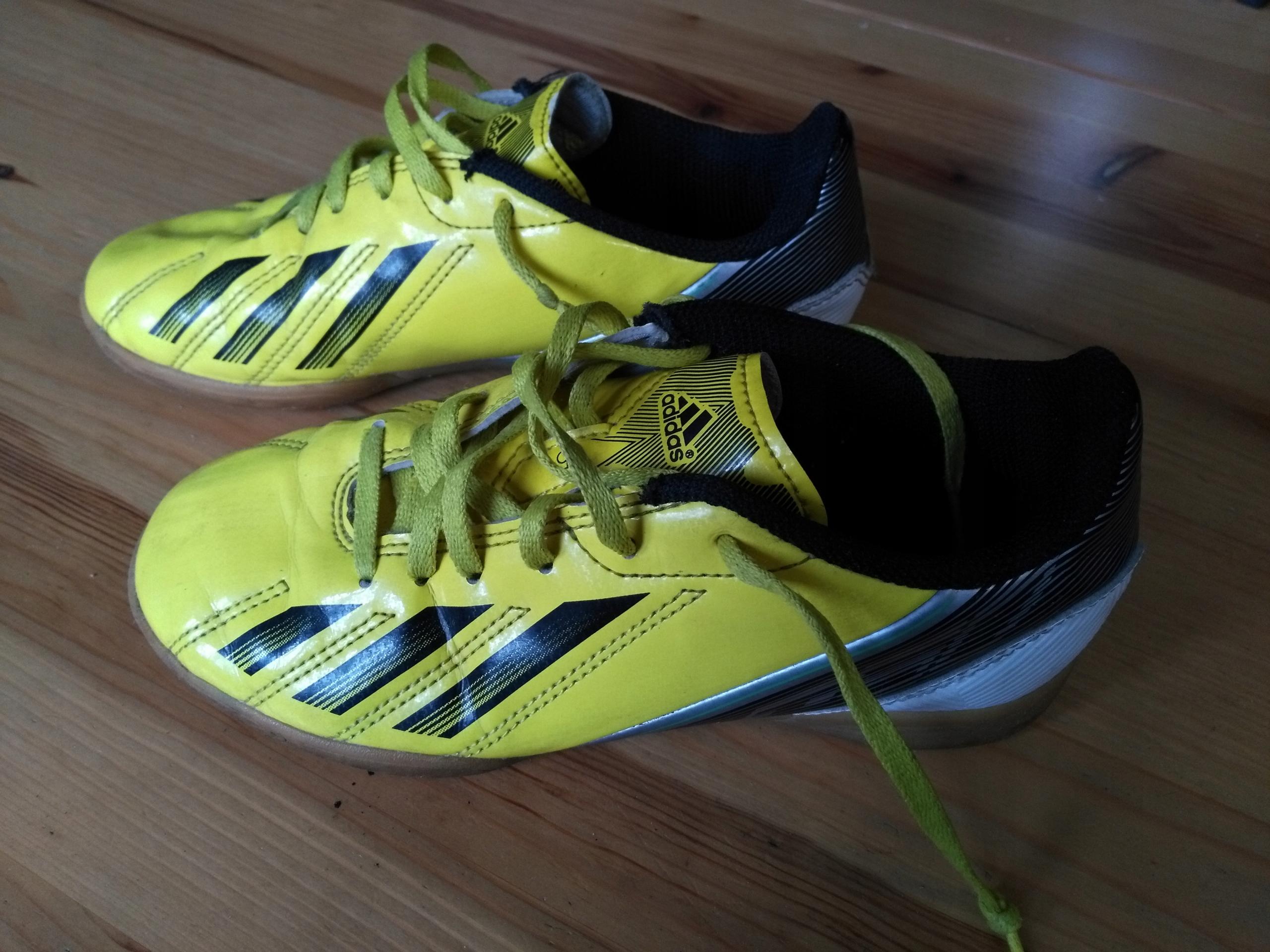966f33b10ba0e Buty piłkarskie halowe ADIDAS F50 roz. EU33-20cm - 7679416963 ...