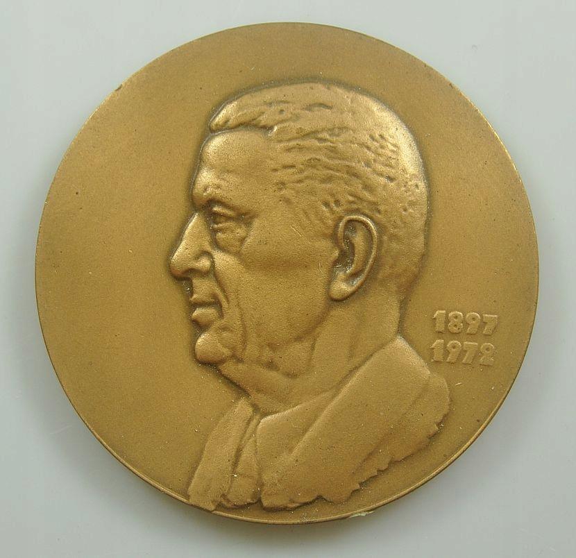 Medal - MUZEUM JANA CYBISA