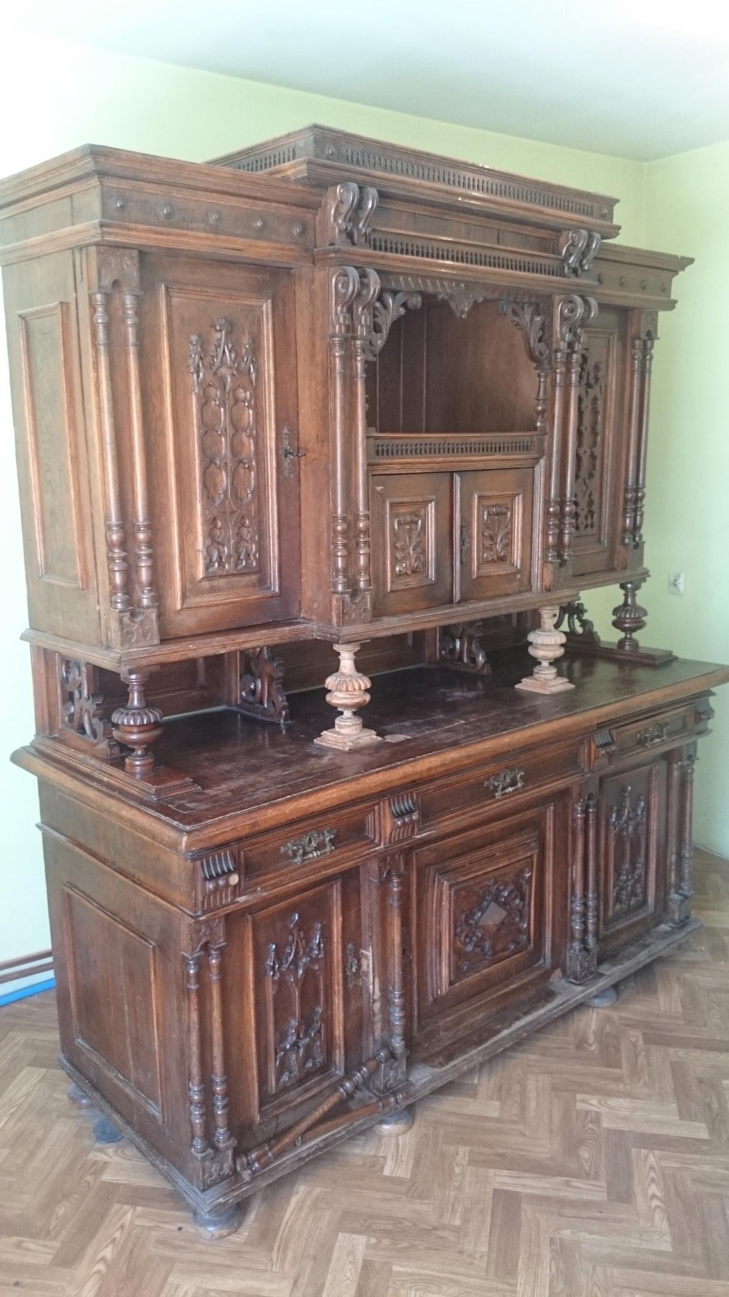 Kredens pałacowy XIX w. + krzesła Dąbrowa Górnicza