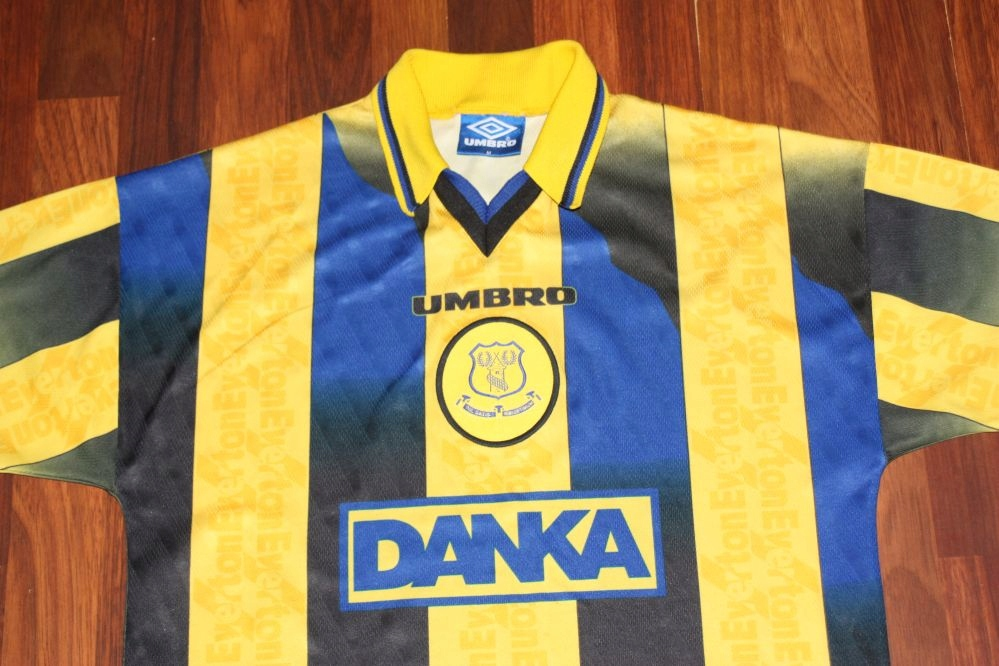 ~ EVERTON ~ UMBRO ~ SEZON 1996/98 Roz M