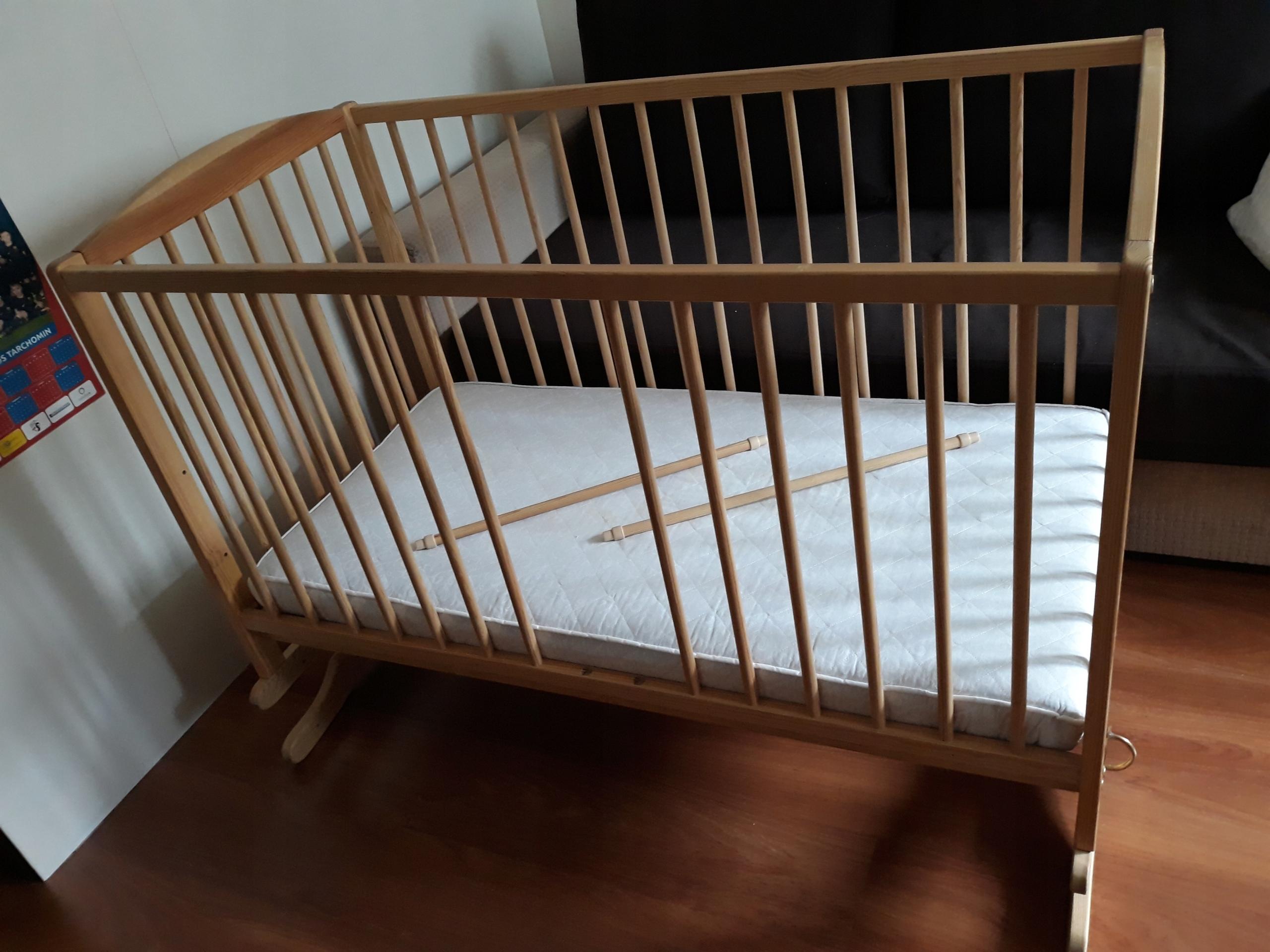 Łóżeczko KOŁYSKA dziecięce drewniane 120x60cm
