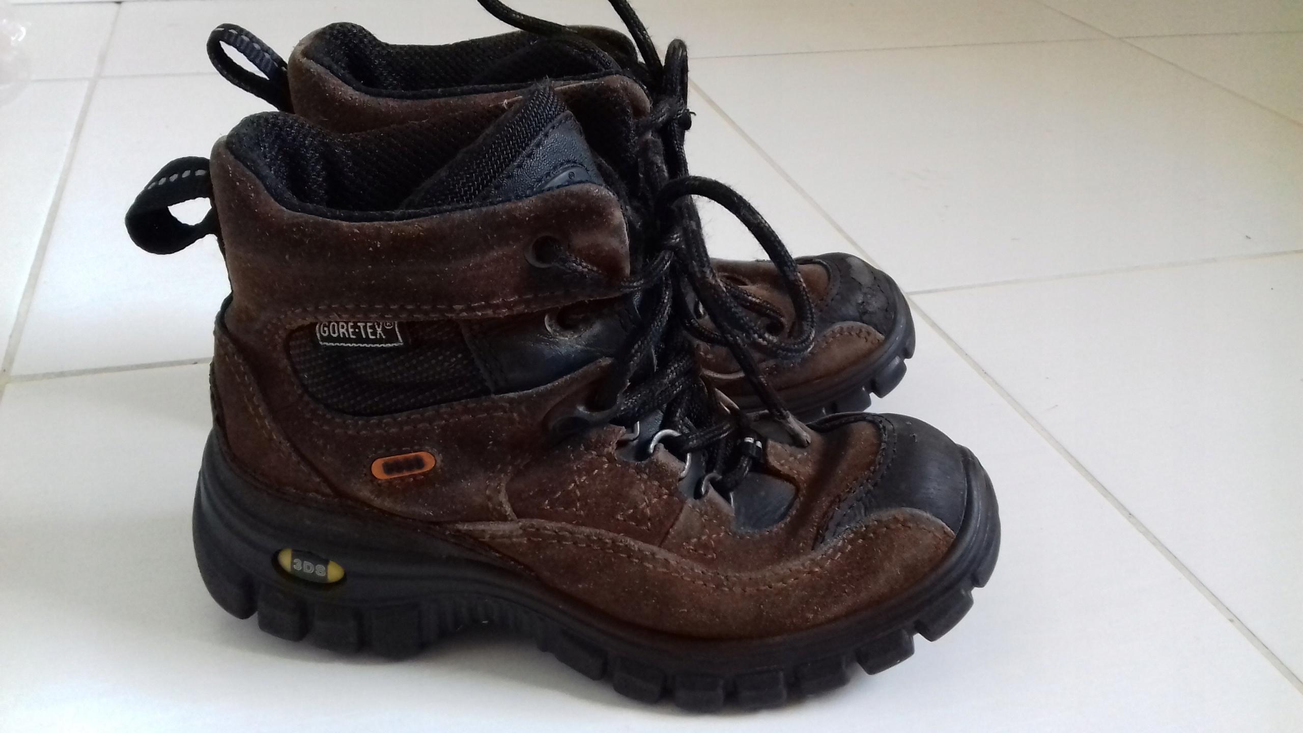 Buty skórzane traperki ECCO roz 30 19.5cm GORETEX