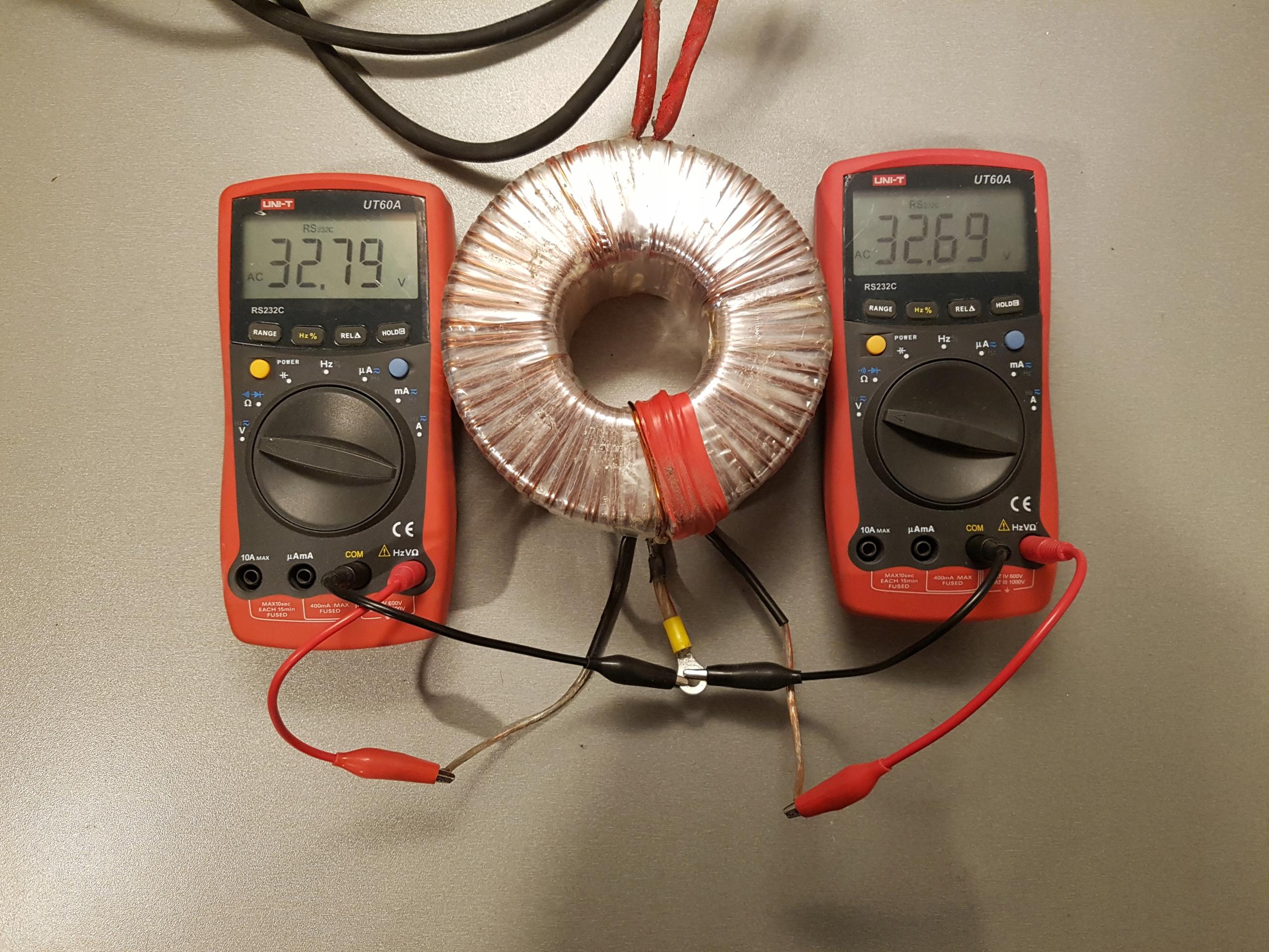 Transformator toroidalny INDEL 230V / 2x-30V 2x10A