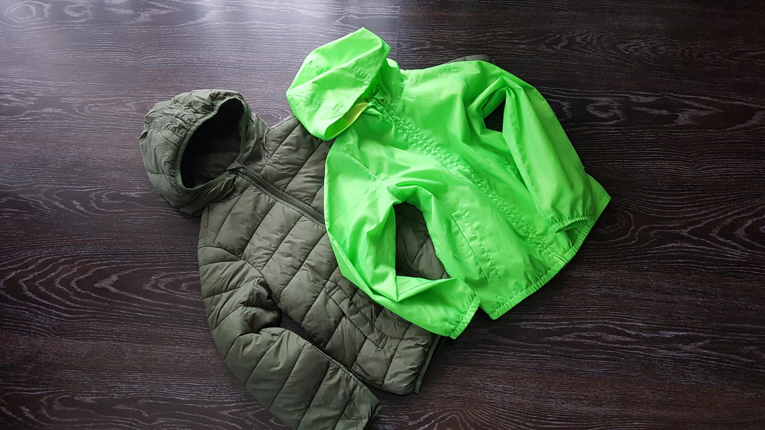 Benetton kurtka pikowana przeciwdeszczowa 128cm M