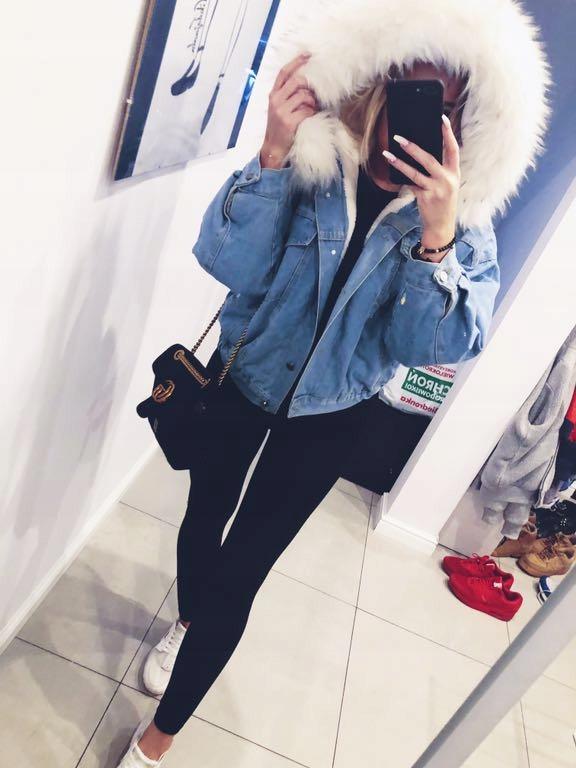 Zimowa kurtka jeansowa z kapturem z futerkiem 7793901521