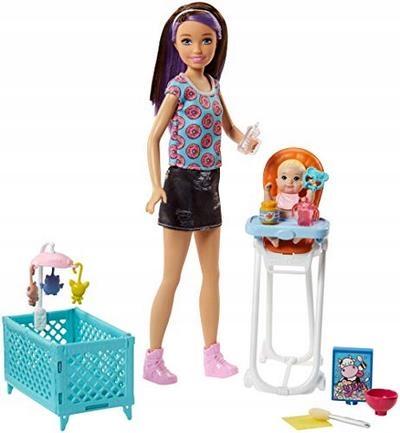 Barbie FHY98 Family Babysitter Brunette Doll with