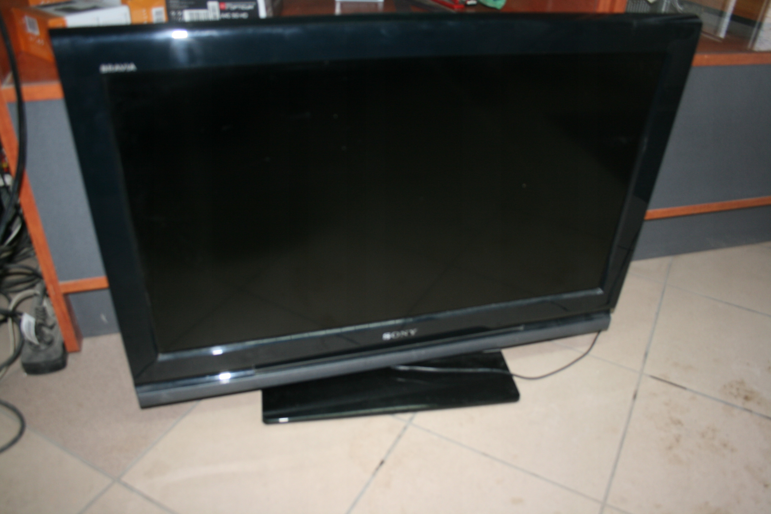 telewizor sony KDL-32V4000