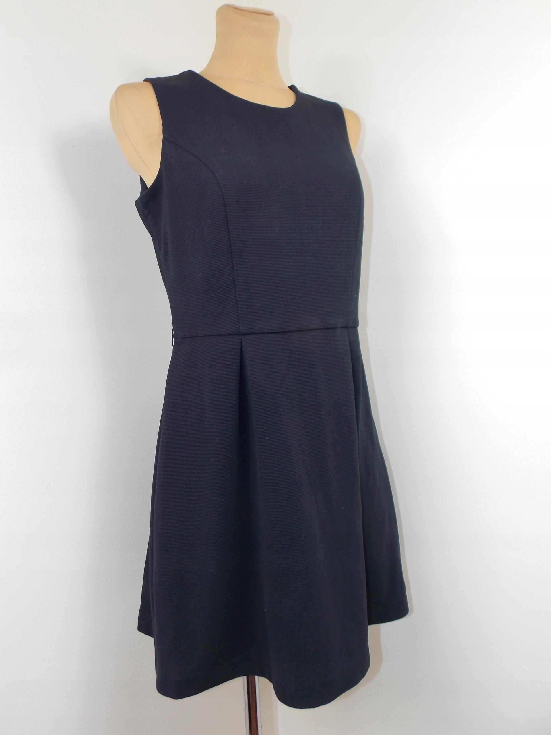 sukienka NEXT czarna klasyczna biuro 40 od 1 zł