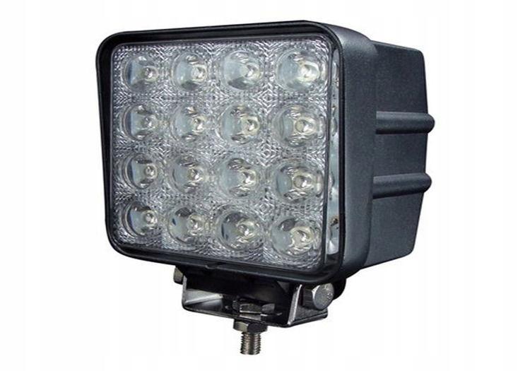 LAMPA ROBOCZA 16 LED KWADRAT 9-32V 3071Lm HALOGEN
