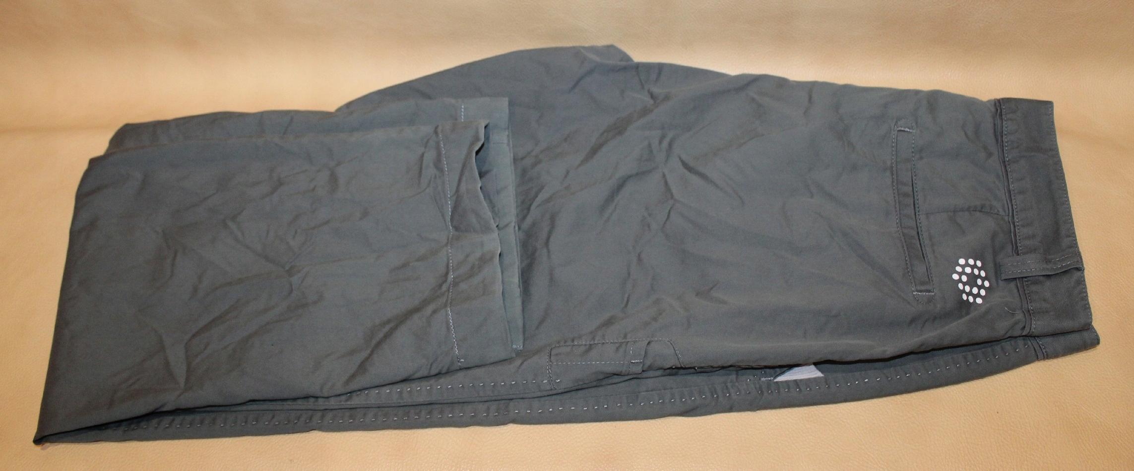 PUMA męskie spodnie rozm. W 32 L 34