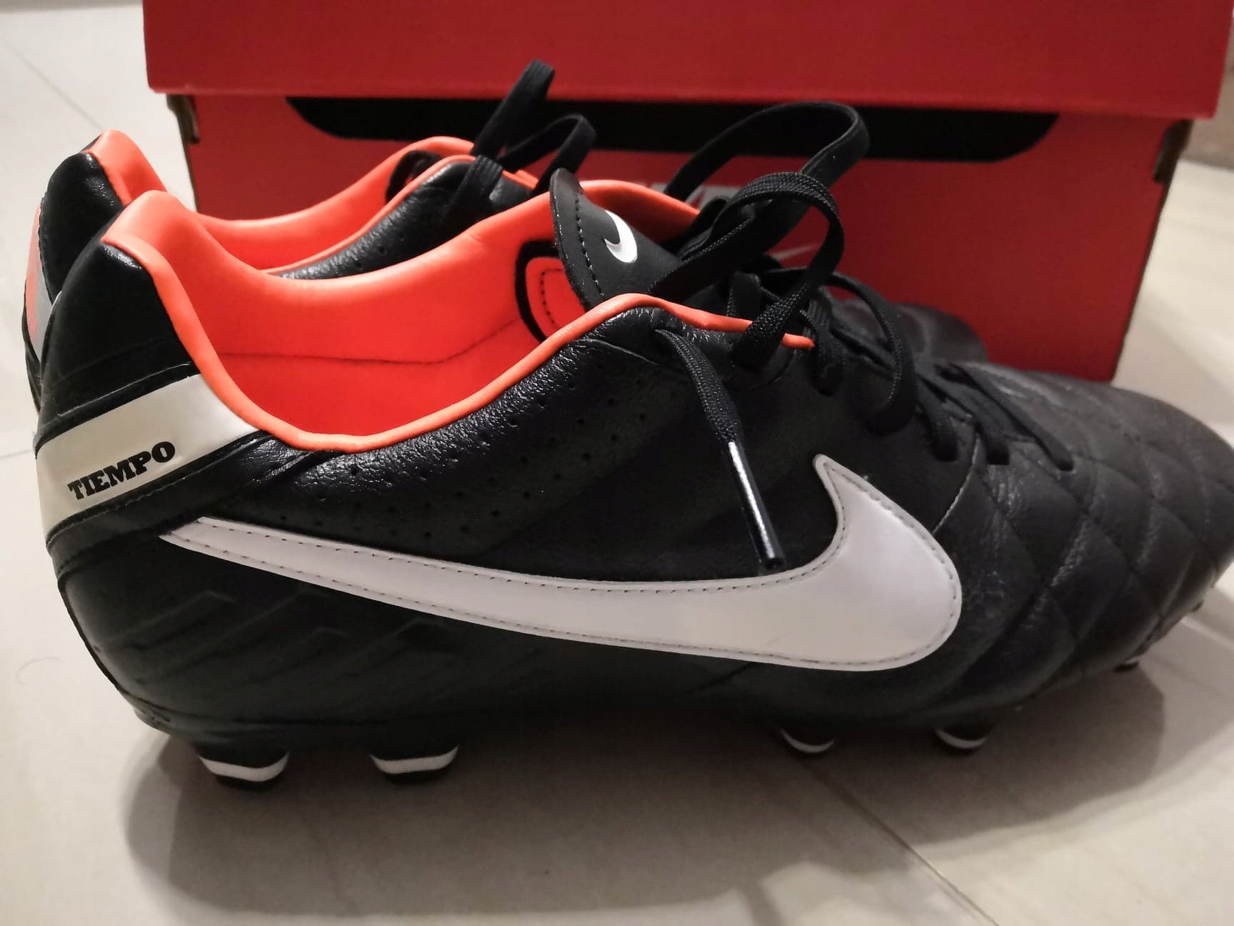 Korki Nike Tiempo Mystic IV FG czarne r. 41