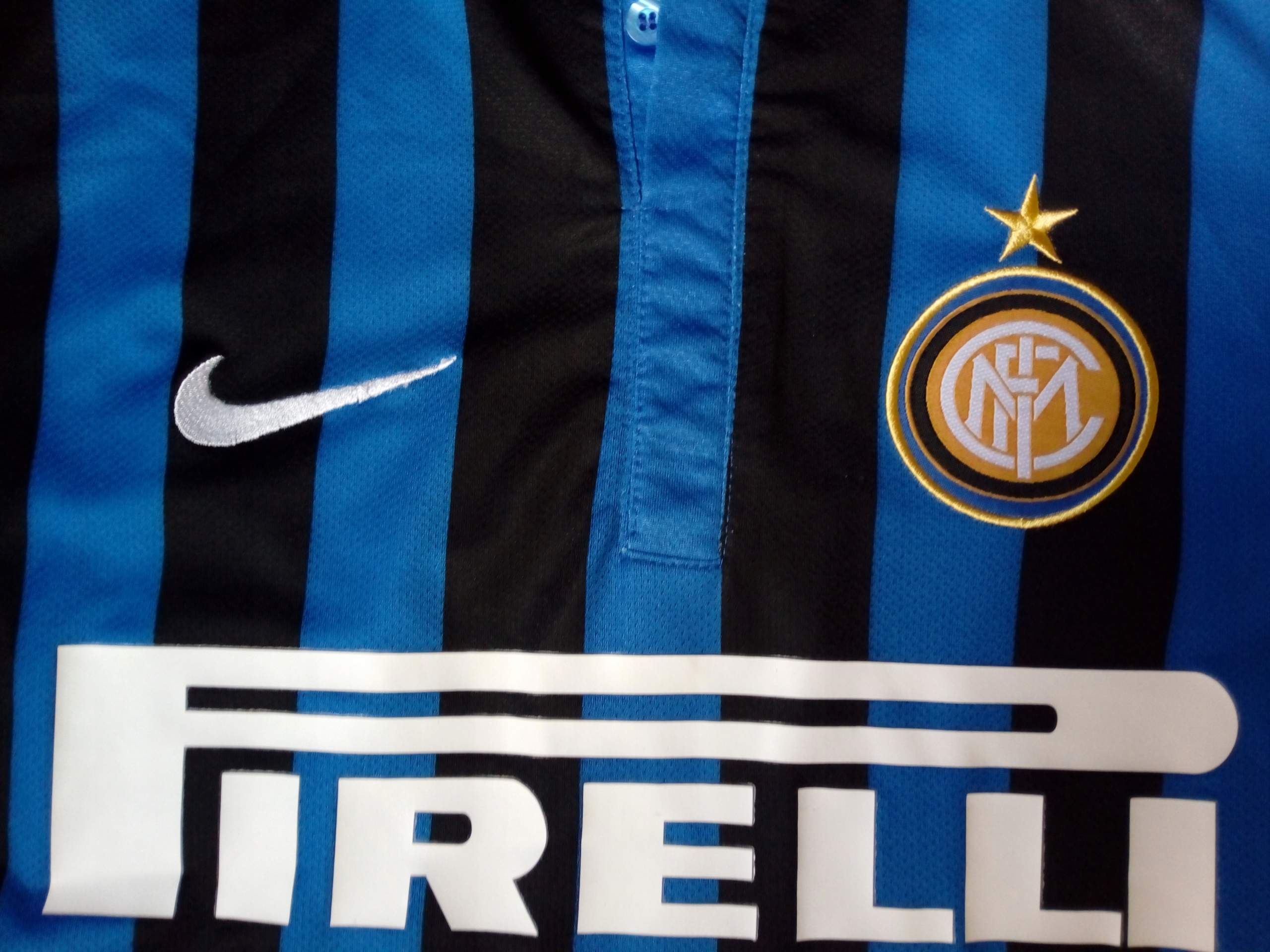 Inter Mediolan NIKE shirt 2011/2012 RETRO