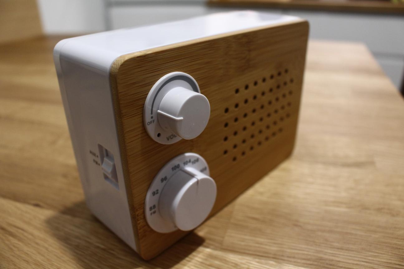 RADIO TCHIBO DREWNIANE KUCHENNE AUX JAK NOWE RETRO