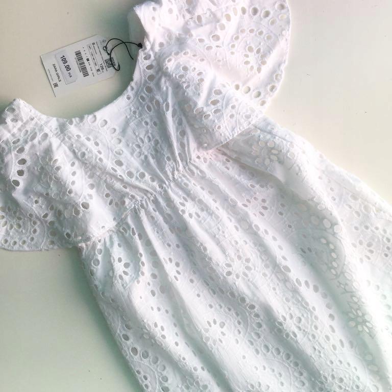 Zara biała sukienka motyl haft szwajcarski 128