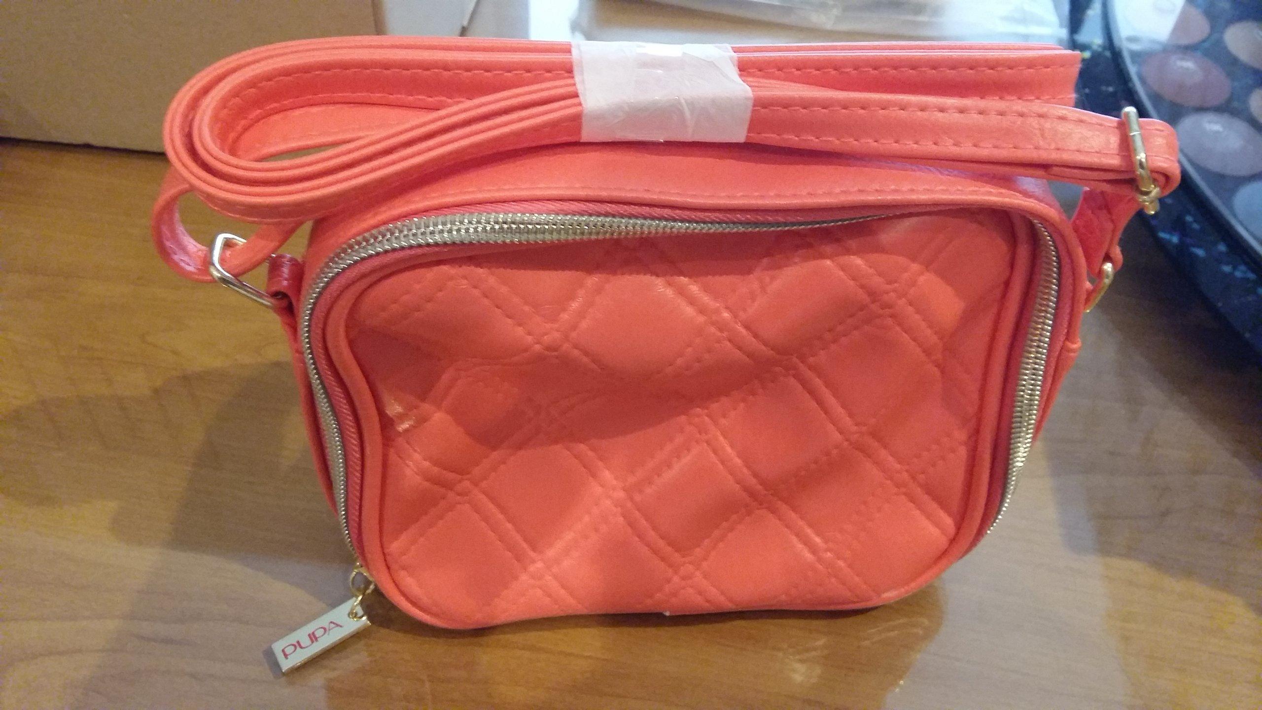 051289dec3a4d Nowe torebki damskie włoskiej firmy PUPA r. kolory - 7111165224 ...