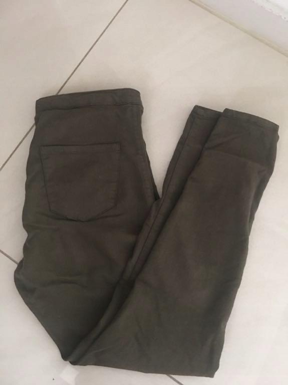 bershka rurki Jegginsy spodnie khaki 36