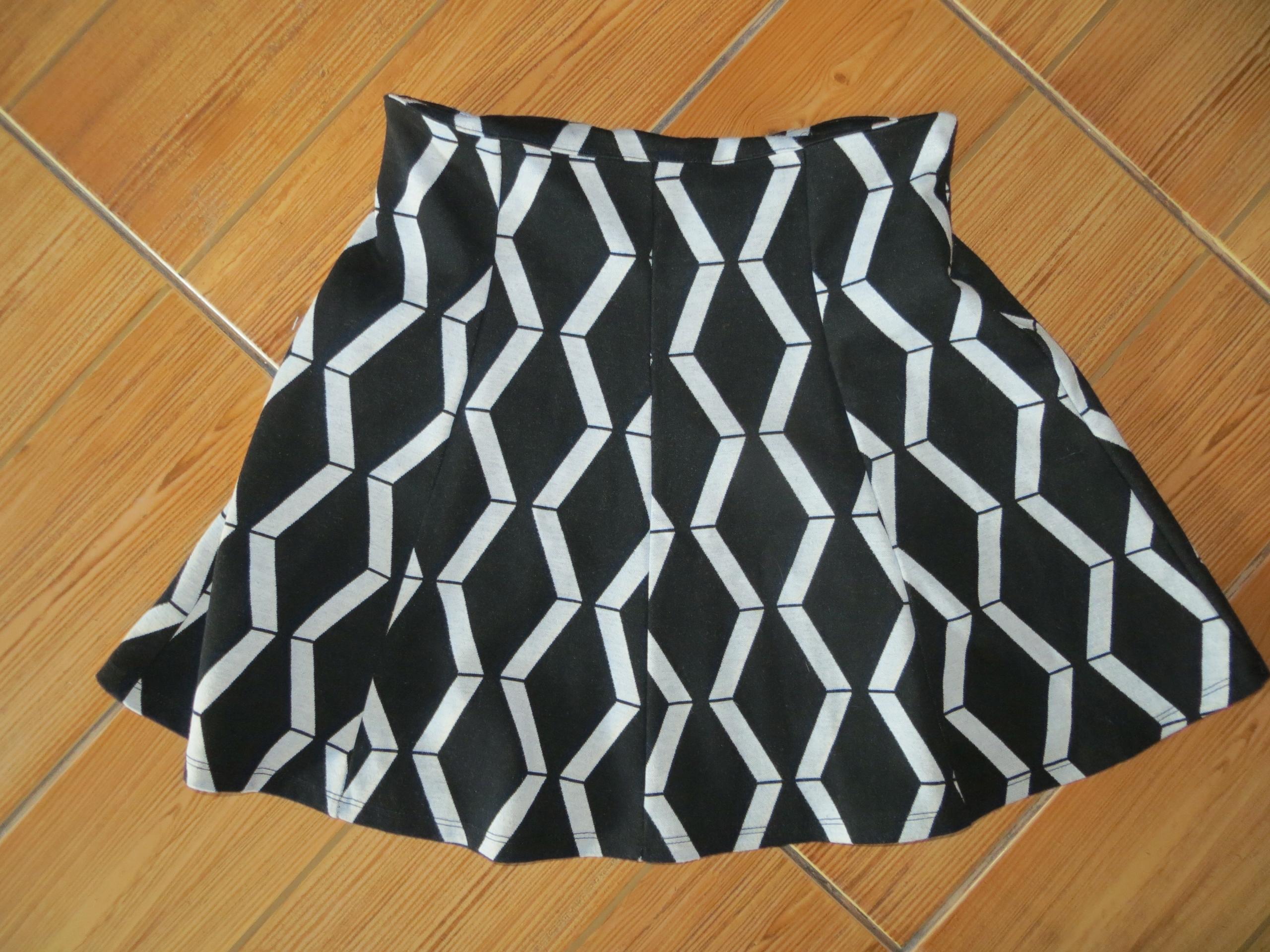 Spódnica damska rozmiar 38 nowa kolekcja