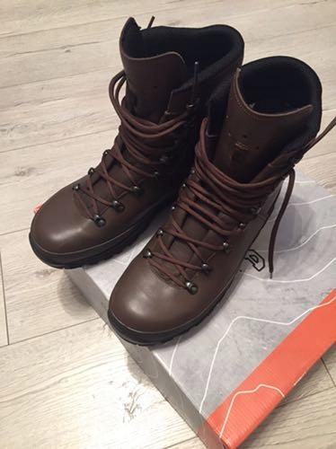 Buty lowa mountain boot gtx