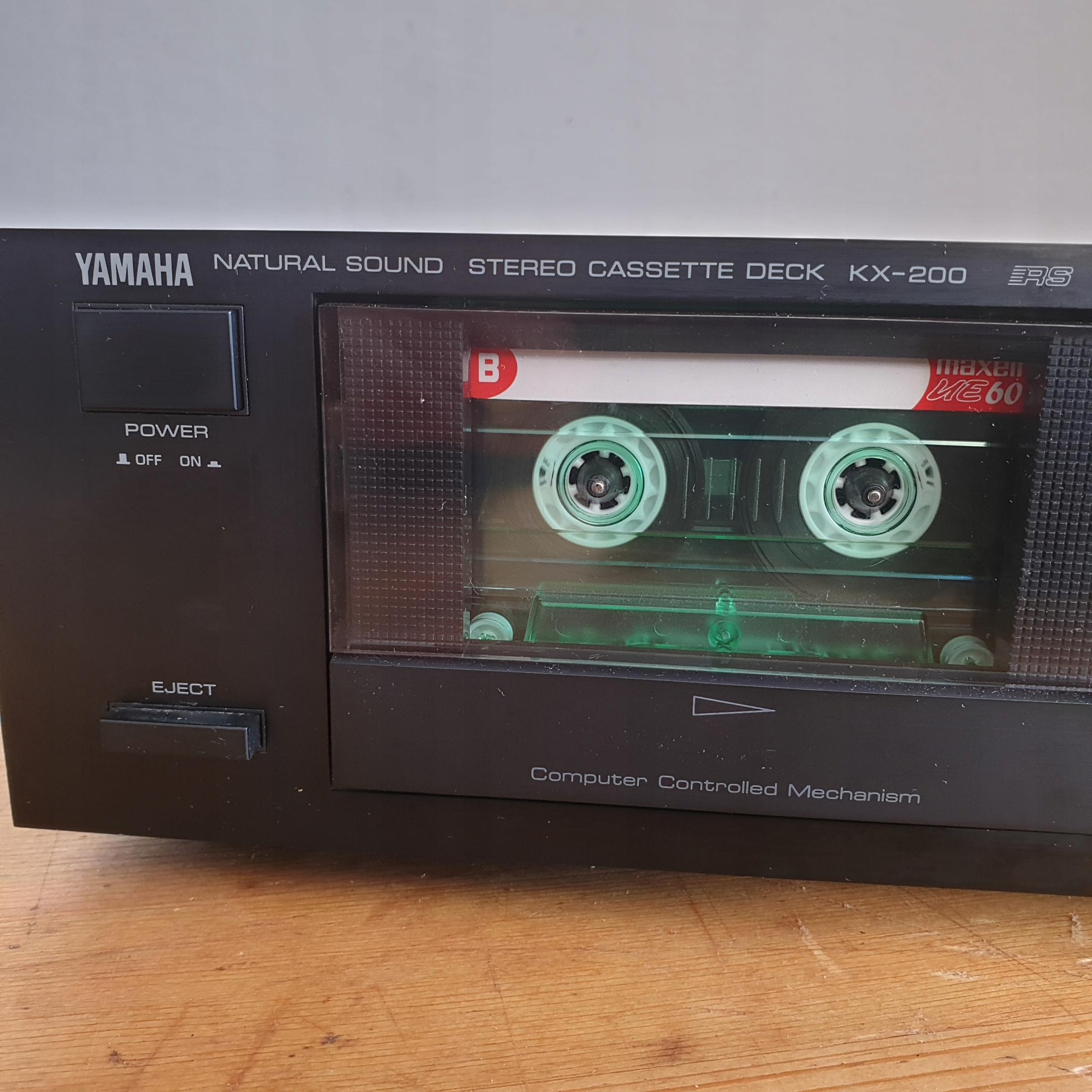 YAMAHA KX-200 - stereo