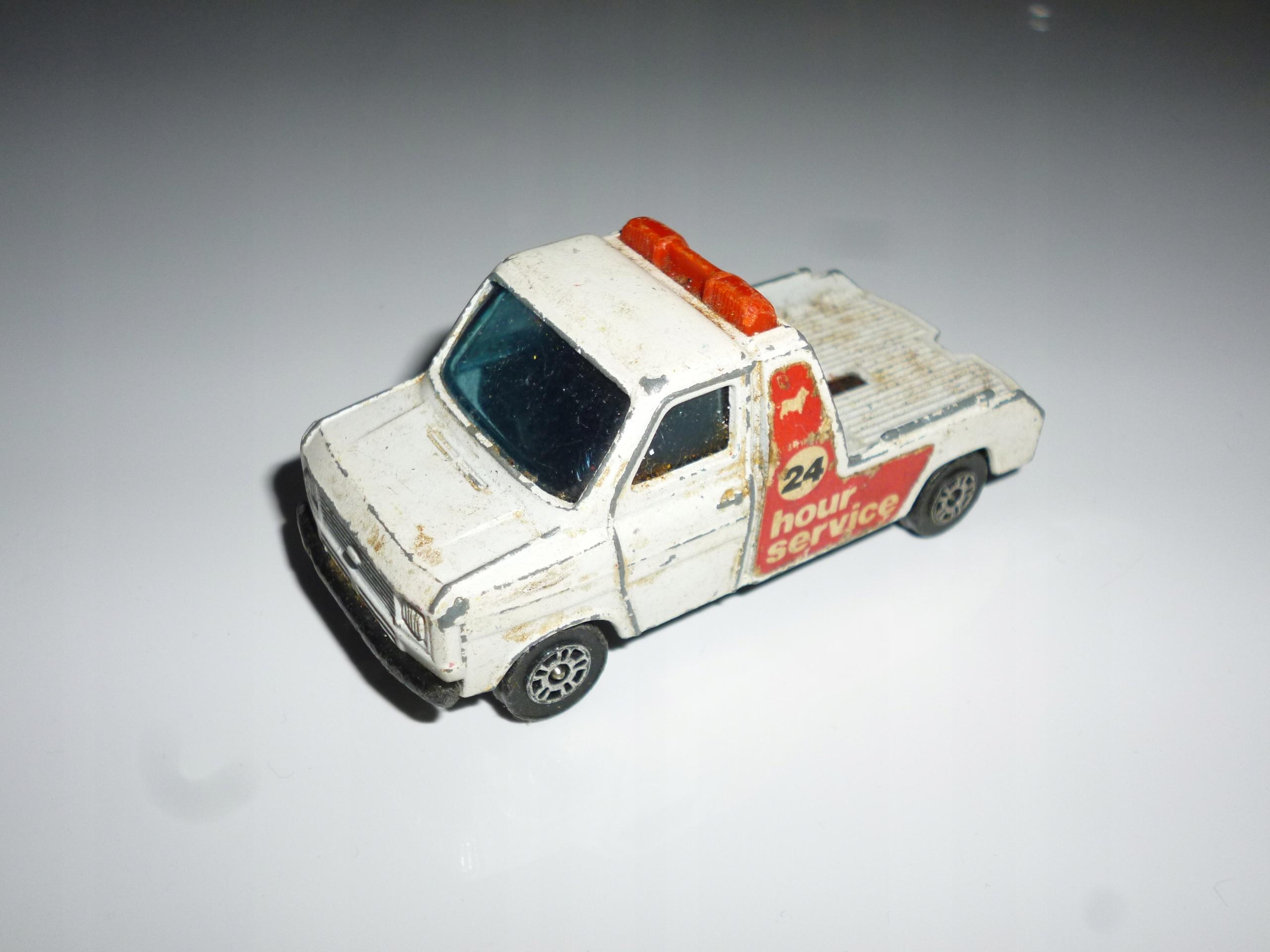 Ford Transit wrecker Corgi model resorak autko