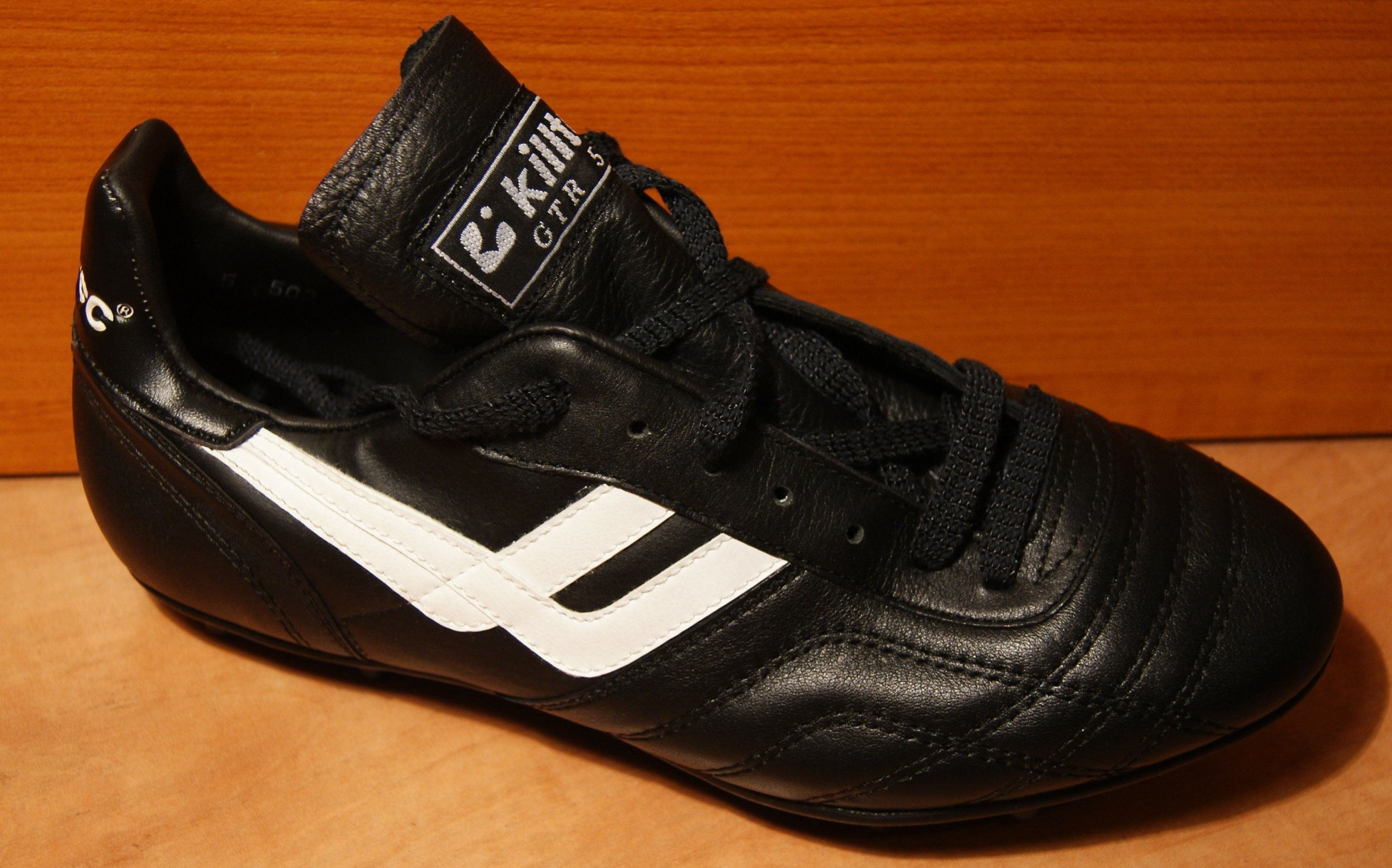 Buty piłkarskie Killtec GTR  500