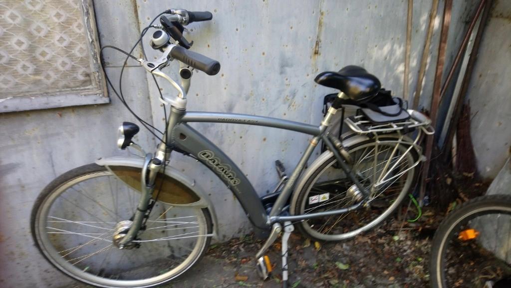 rower batavus 28 piasta z prądnica